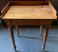 2 pine side tables
