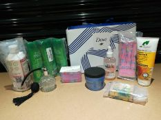 COMBINED RRP £118.00 LOT TO CONTAIN 10 ASSORTED Beauty: Faith, Redken, Isle, C&G, Juicy, Perfum