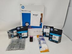 COMBINED RRP £105.00 LOT TO CONTAIN 8 ASSORTED Office Products: UB-157, BIC, HP, HP, HP, HP, HP