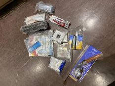 COMBINED RRP £125.00 LOT TO CONTAIN 12 ASSORTED Home Improvement: WdtPro, Tacwise, Command, Lab