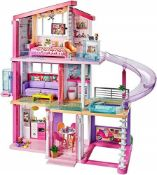 RRP £229.00 Barbie Estate Dreamhouse Adventures Large Three-Story Dolls House, Pink with Transform