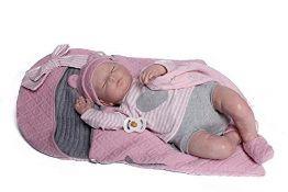 RRP £145.00 [CRACKED] Puppe Guca - Puppe Reborn Emma Pyjamita grau mit Lätzchen, Musselin und Ros