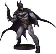 RRP £97.00 [INCOMPLETE] [CRACKED] DC Comics Statue DC Designer Series: Batman by Olivier Coipel,