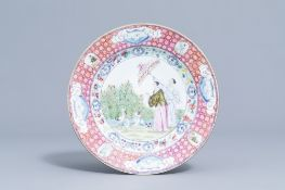 A Chinese famille rose plate with 'Dames au Parasol' after Cornelis Pronk, 19th/20th C.