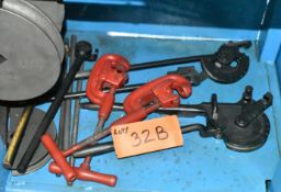 LOT/ PIPE CUTTERS AND BENDERS
