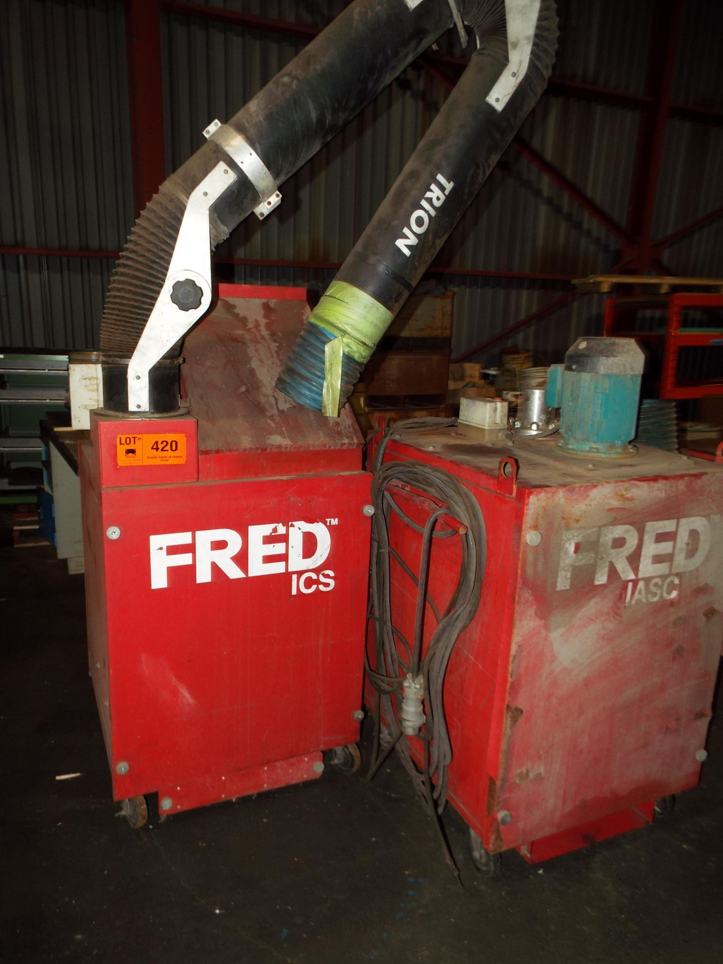 LOT/ (2) FRED PORTABLE FLUME EXTRACTORS (LOCATED AT 460 SIGNET DR, NORTH YORK, ON)