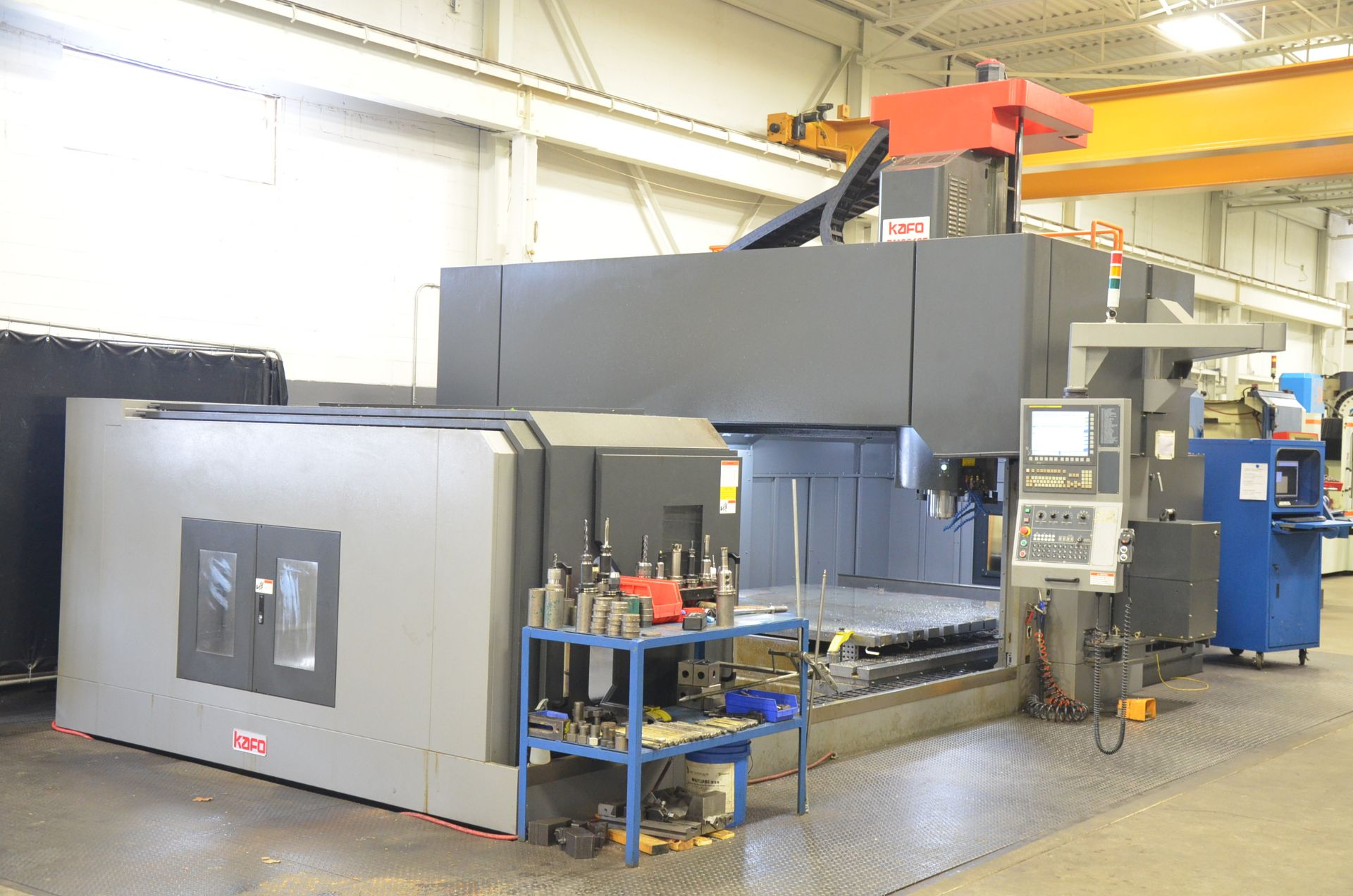 KAFO (INSTALLED NEW IN 2018) BMC-3127 CNC DOUBLE COLUMN VERTICAL MACHINING CENTER WITH FANUC