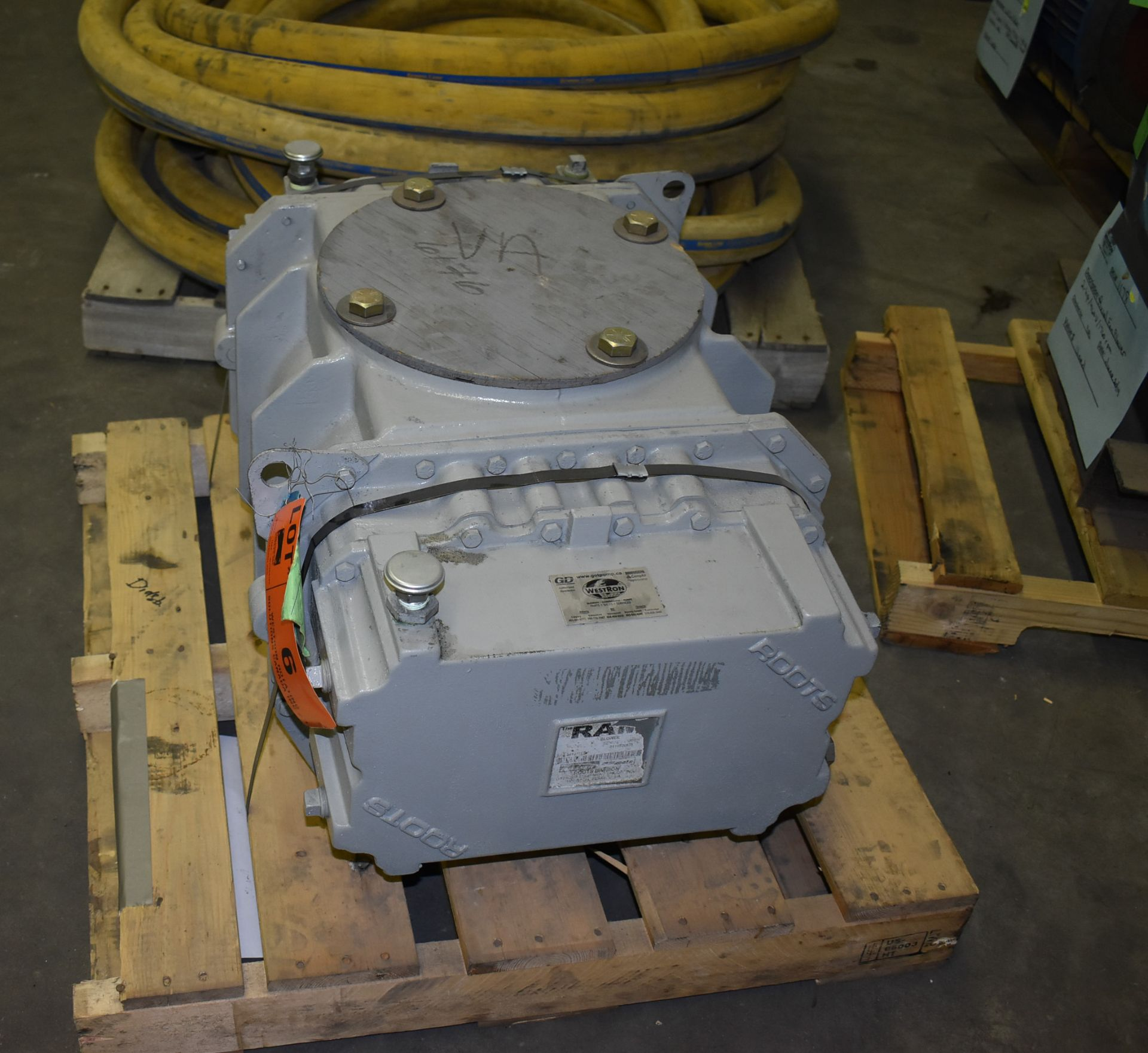 ROOTS MODEL 616 BLOWER (CI) [SKU 1282] [RIGGING FEE FOR LOT #6 - $25 CAD PLUS APPLICABLE TAXES] - Image 2 of 6