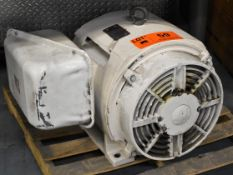 TOSHIBA 100 HP ELECTRIC MOTOR WITH 1770 RPM, 575V, 3 PHASE, 60 HZ (CI) [RIGGING FEES FOR LOT #