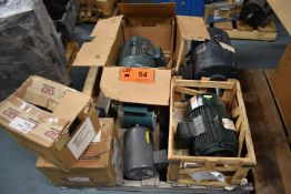 LOT/ SKID OF ELECTRIC MOTORS