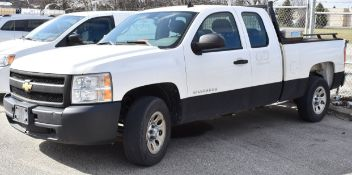 CHEVROLET (2010) SILVERADO 1500 PICKUP TRUCK WITH 4.3L V6 GAS ENGINE, AUTOMATIC TRANSMISSION, MANUAL