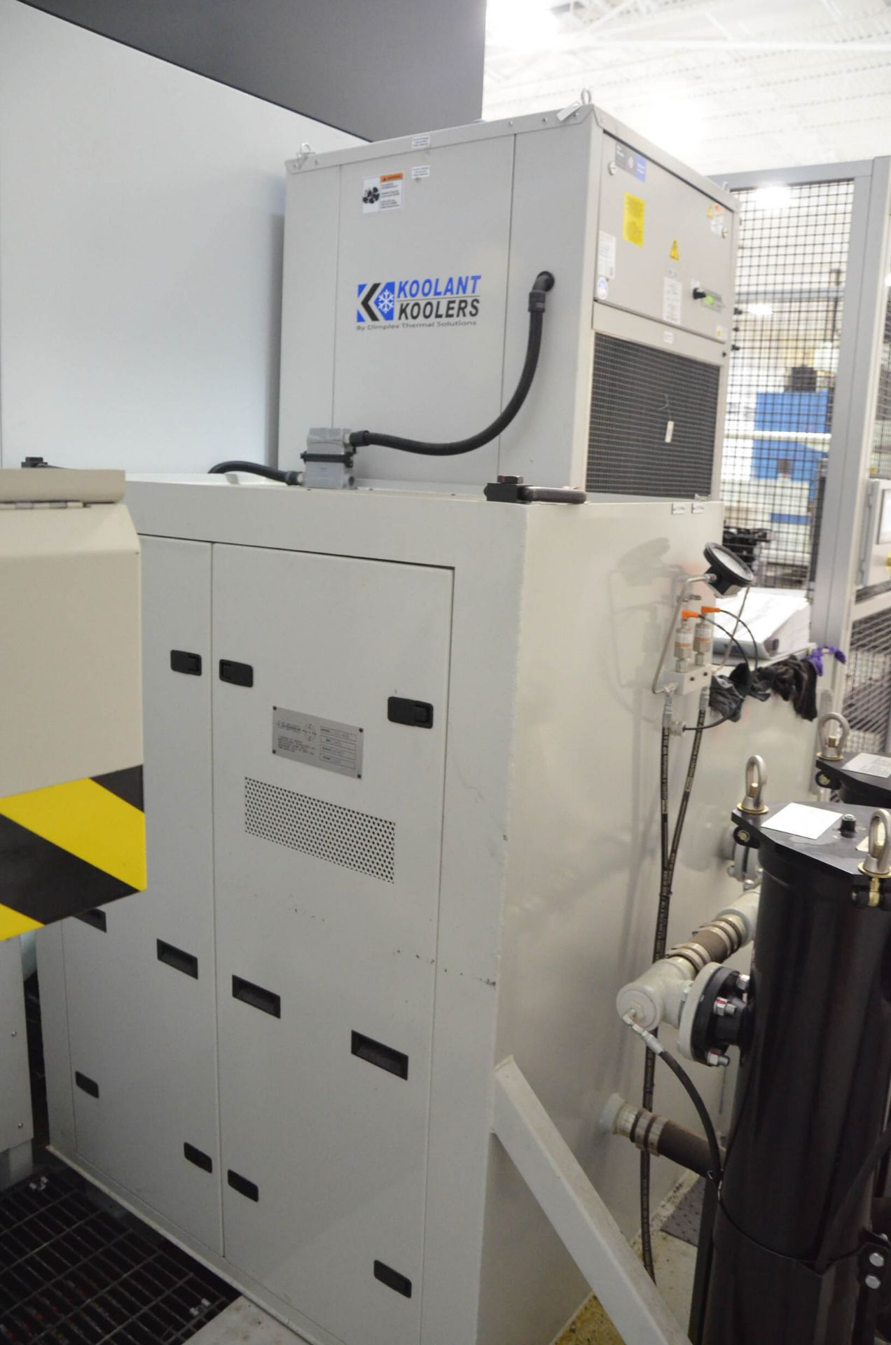 UNISIG (2020) USC-M38 5-AXIS COMBINATION CNC GUN DRILLING AND MILLING MACHINE WITH HEIDENHAIN ITNC - Image 16 of 17