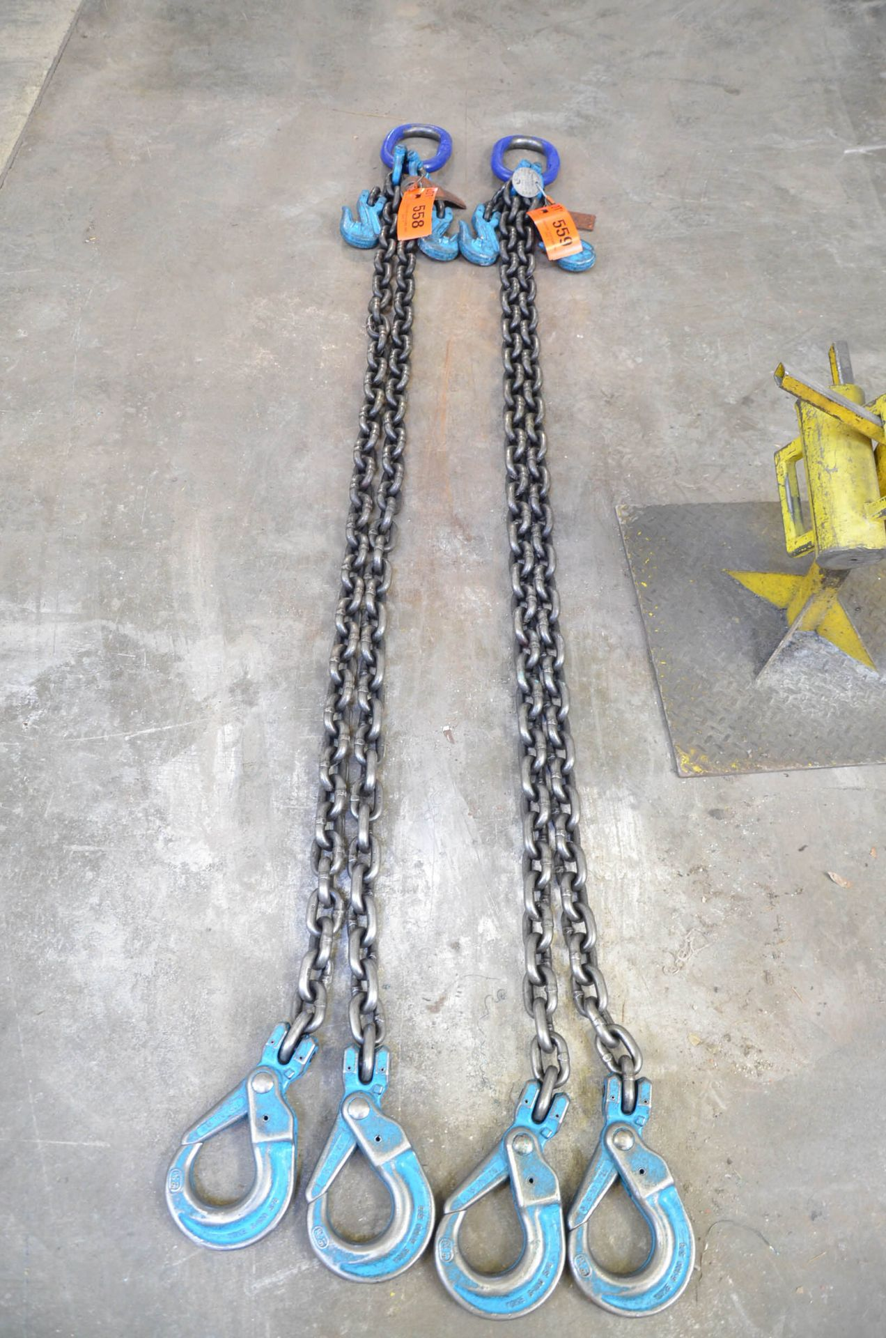 """SPARTAN (2018) 5/8"""" X 8.5' 2-PART LIFTING CHAIN WITH 39,000 LBS CAPACITY"""