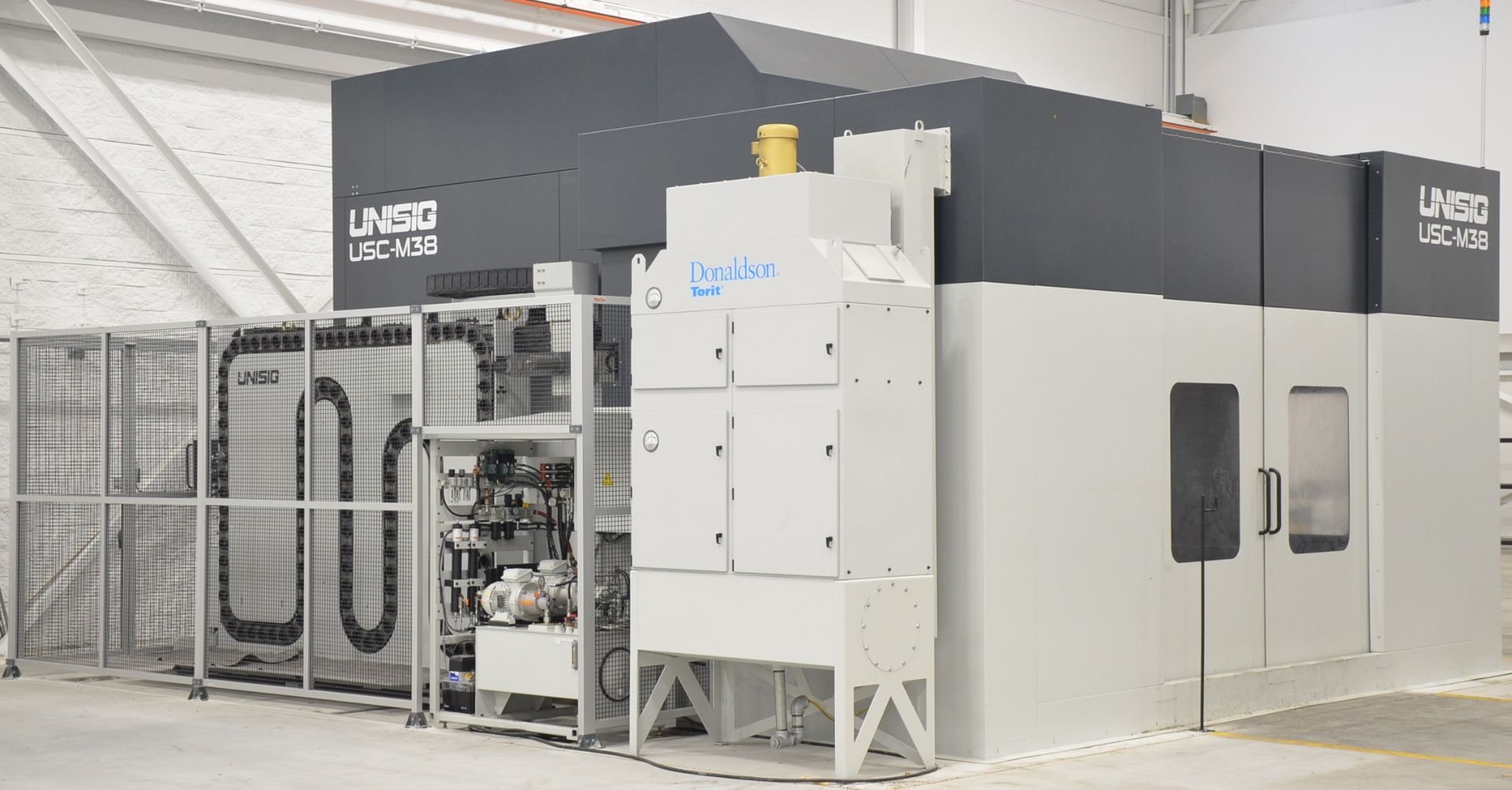 UNISIG (2020) USC-M38 5-AXIS COMBINATION CNC GUN DRILLING AND MILLING MACHINE WITH HEIDENHAIN ITNC - Image 2 of 17