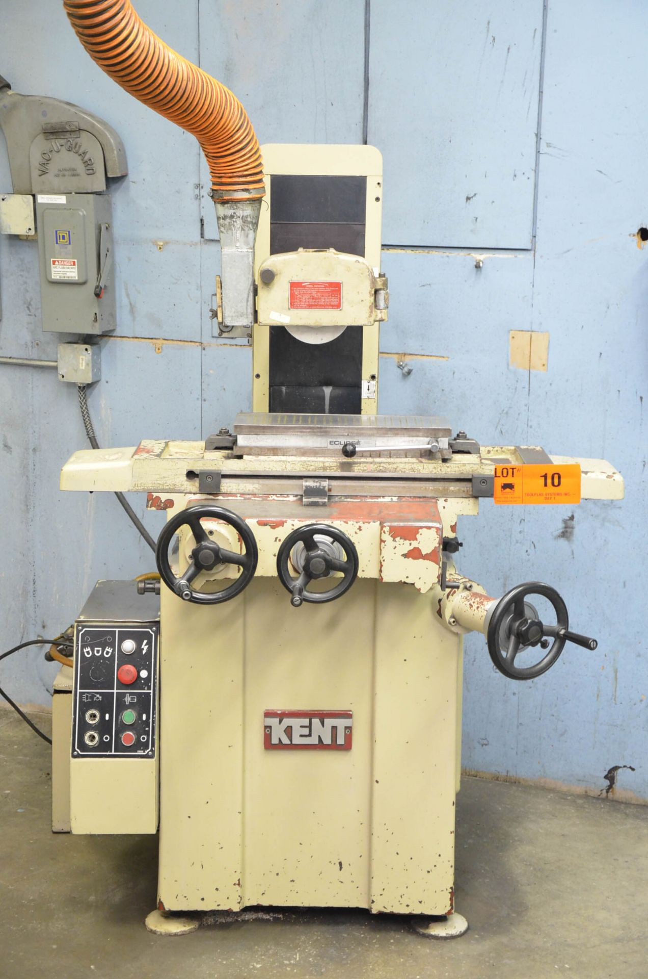 """KENT KGS-200 CONVENTIONAL SURFACE GRINDER WITH 6""""X18"""" MAGNETIC CHUCK, 8"""" WHEEL, INCREMENTAL DOWN- - Image 2 of 4"""