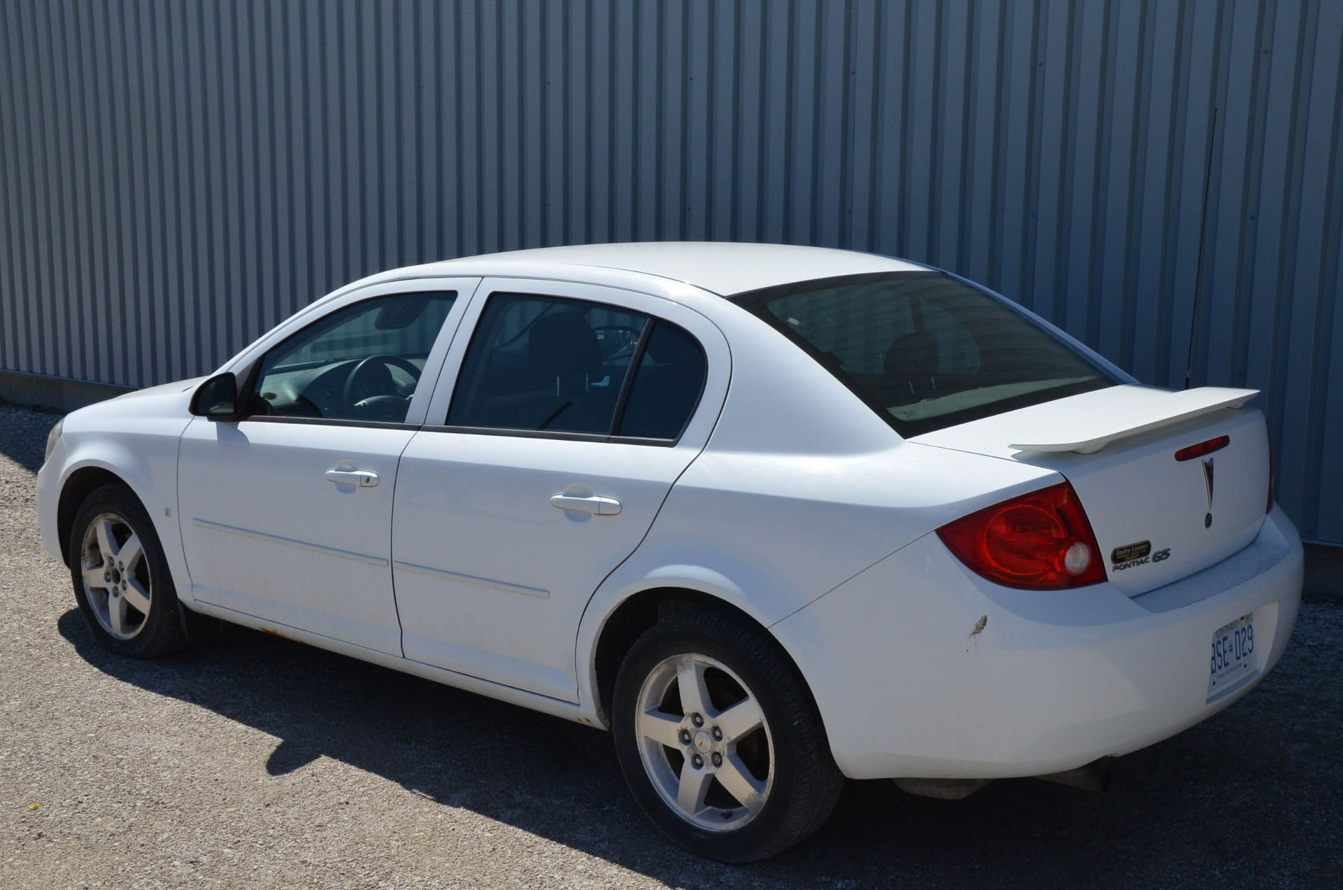 PONTIAC (2008) G5 4-DOOR SEDAN, AUTO, APPROX. 192,000 KM (RECORDED ON METER AT THE TIME OF LISTING), - Image 3 of 9