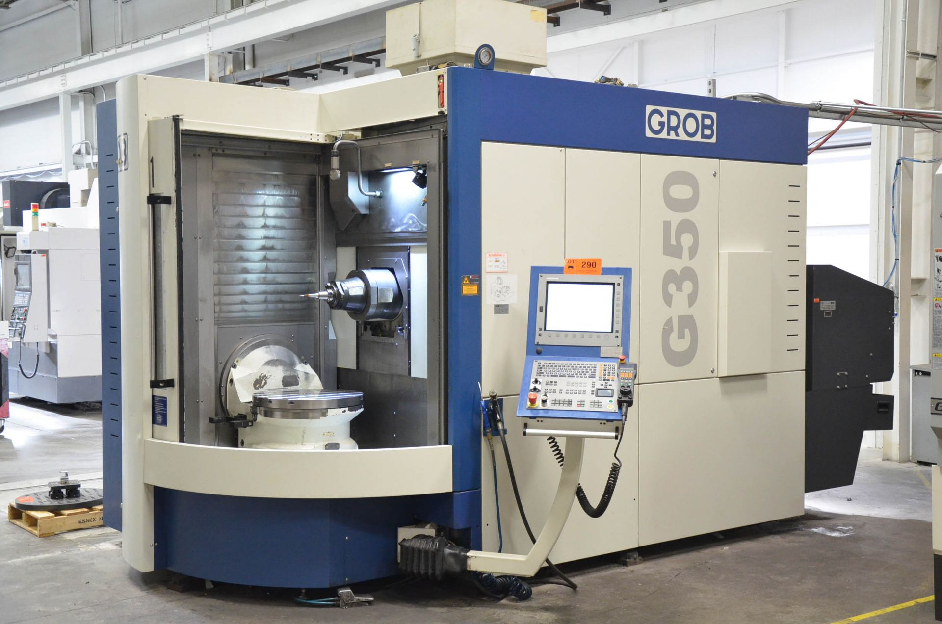 "GROB (2012) G350 5-AXIS CNC MACHINING CENTER WITH HEIDENHAIN ITNC 530 CNC CONTROL, 22.25"" DIAMETER - Image 2 of 12"