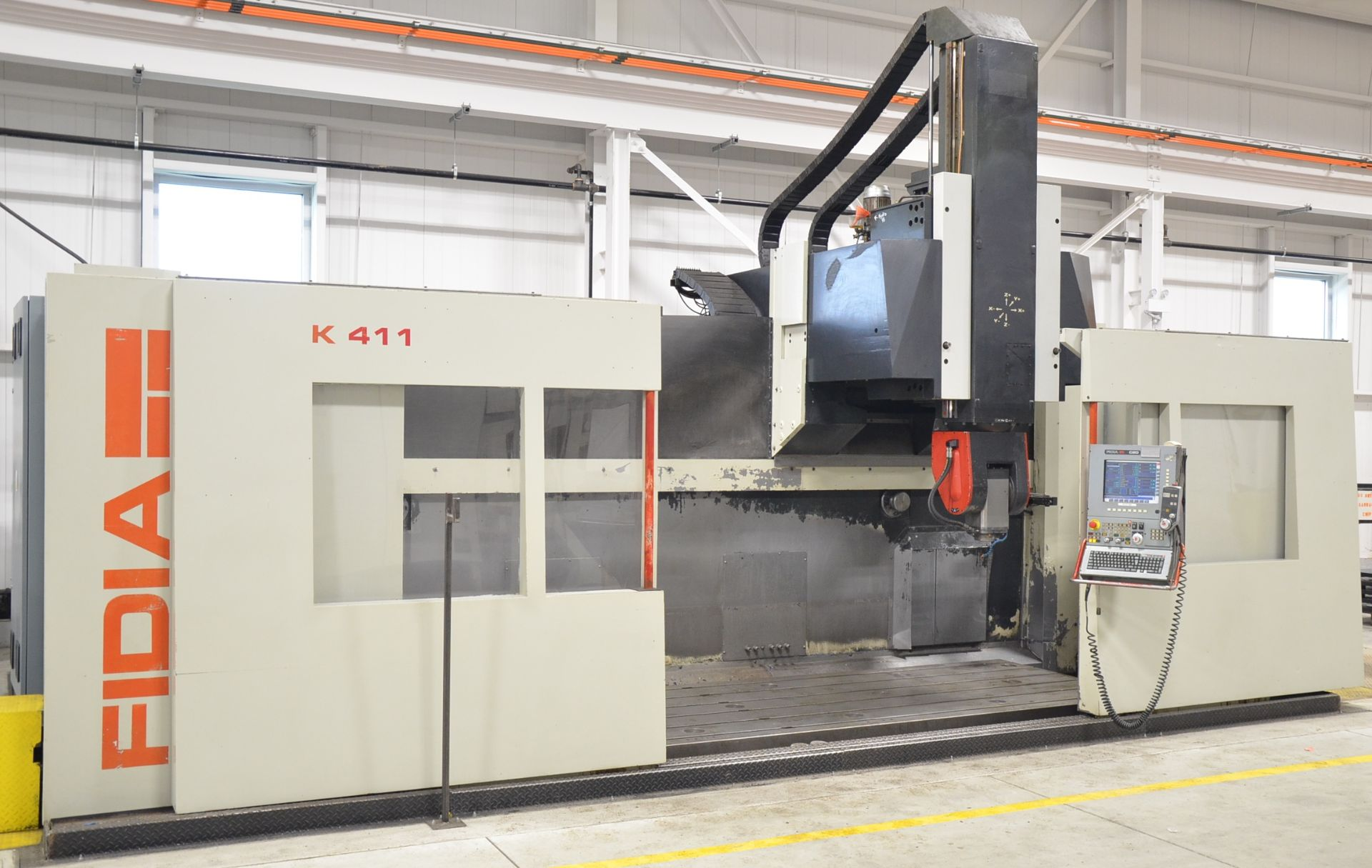 """FIDIA (2002) K 411 5-AXIS CNC VERTICAL MACHINING CENTER WITH FIDIA C20 CNC CONTROL, 59"""" X 197"""""""