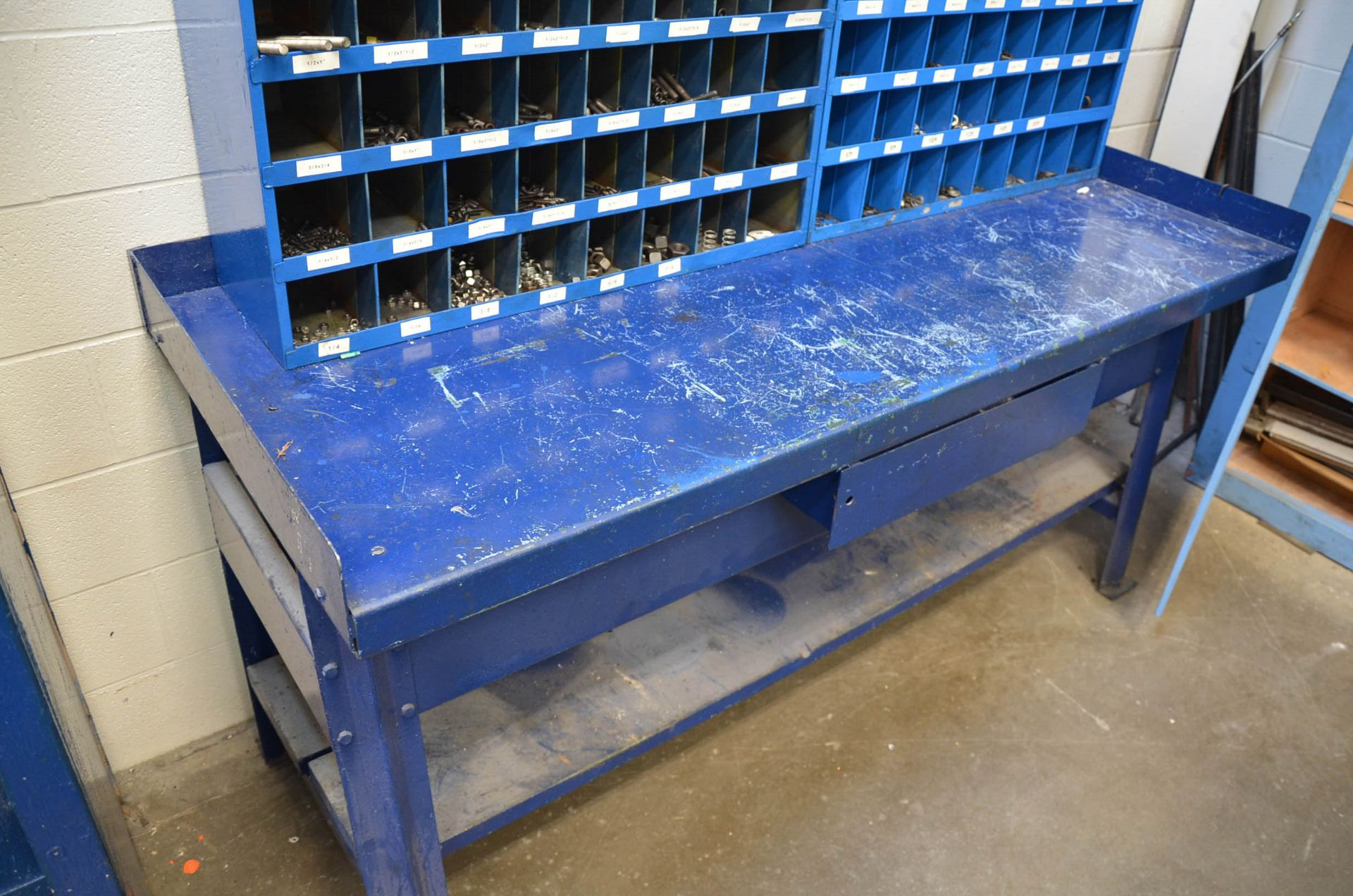 LOT/ FASTENAL PIGEON HOLE INDEX CABINETS WITH FASTENING HARDWARE AND STEEL WORK BENCH - Image 4 of 4