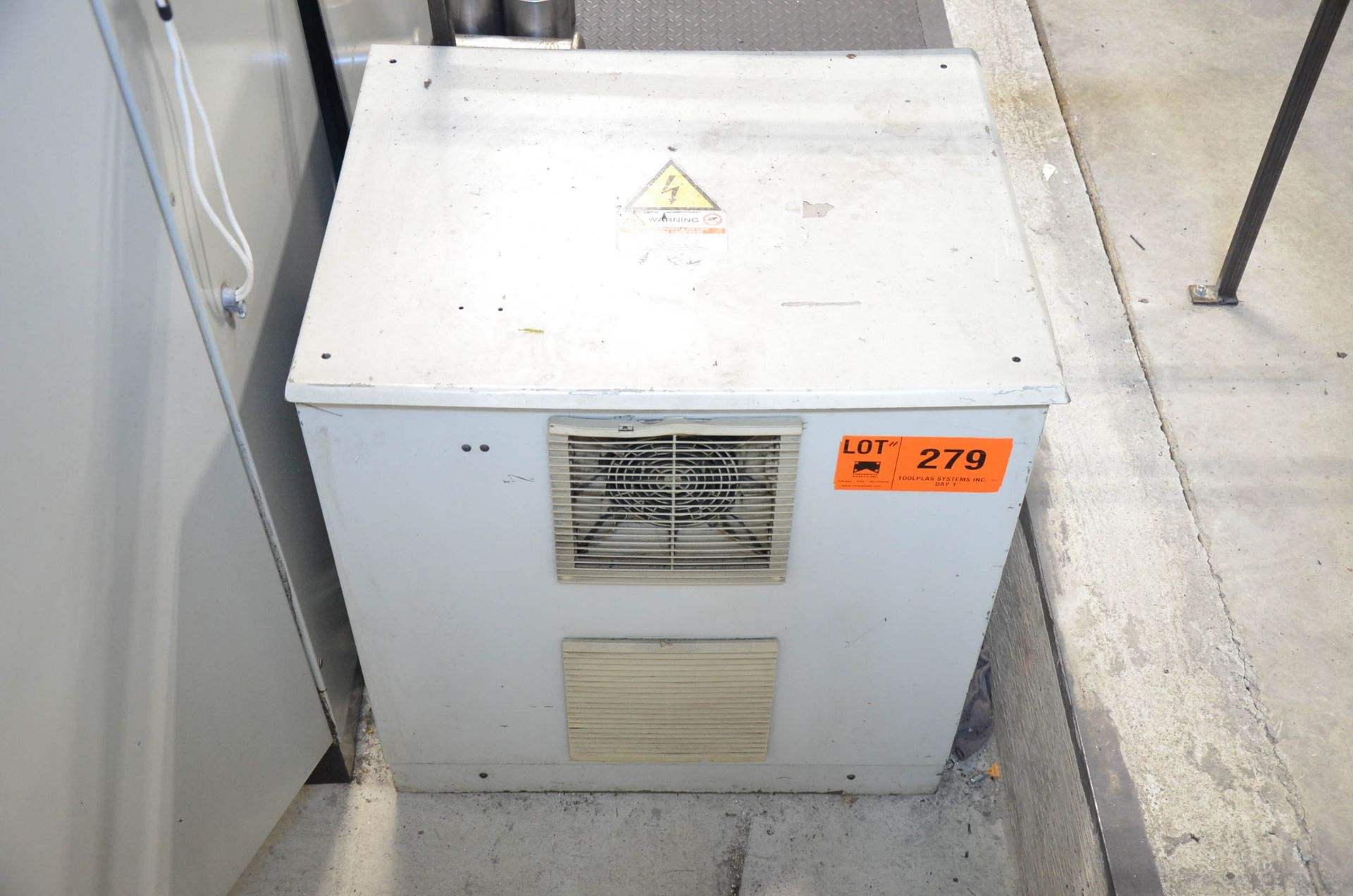 PARPAS TRANSFORMER, S/N N/A (CI) [RIGGING FEES FOR LOT #279 - $50 USD PLUS APPLICABLE TAXES]