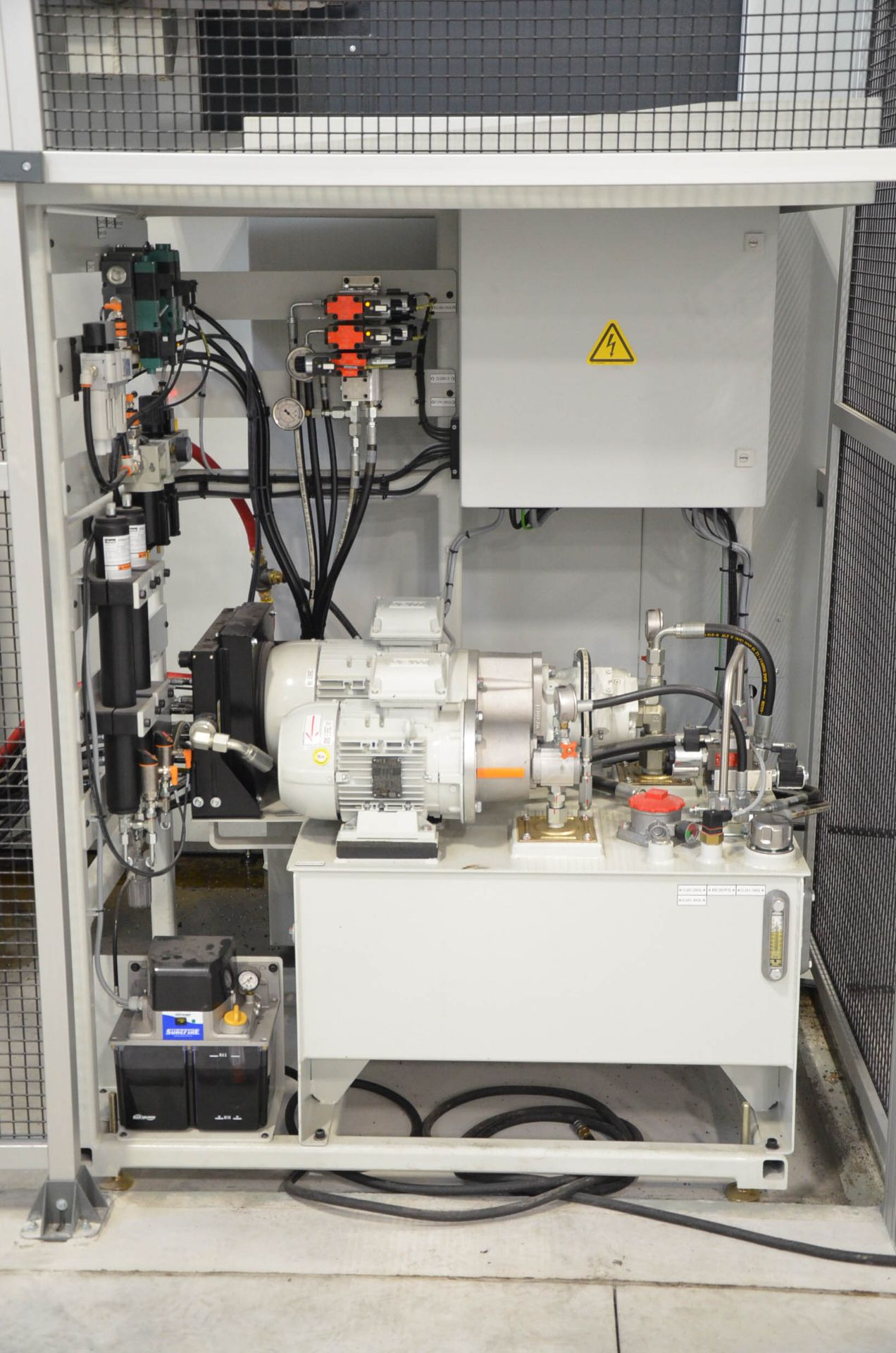 UNISIG (2020) USC-M38 5-AXIS COMBINATION CNC GUN DRILLING AND MILLING MACHINE WITH HEIDENHAIN ITNC - Image 12 of 17