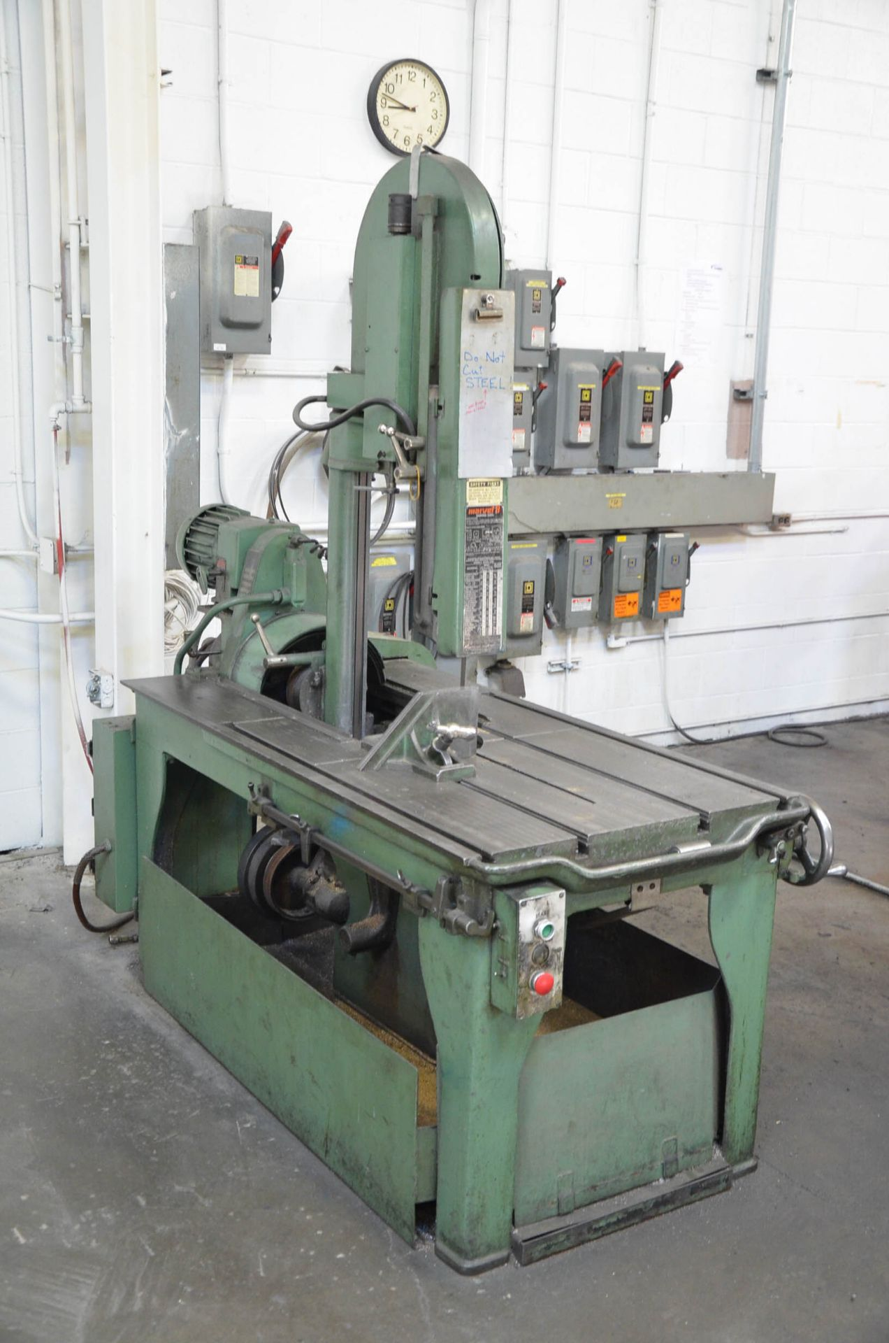 """MARVEL SERIES 8 TILTING HEAD SLIDING FRAME VERTICAL BAND SAW WITH 17"""" THROAT, 12"""" MAX WORKPIECE - Image 3 of 4"""