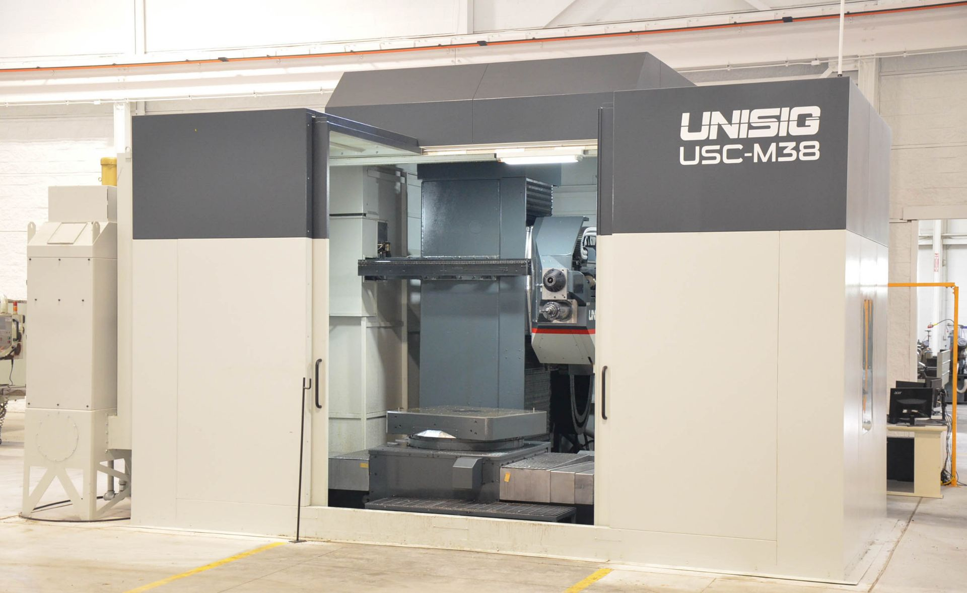 UNISIG (2020) USC-M38 5-AXIS COMBINATION CNC GUN DRILLING AND MILLING MACHINE WITH HEIDENHAIN ITNC - Image 4 of 17