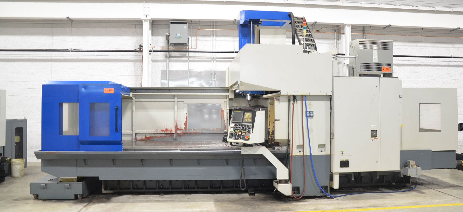 AWEA (2005) SP3016HSS GANTRY-TYPE CNC VERTICAL MACHINING CENTER WITH FANUC SERIES 18I-MB CNC - Image 2 of 12