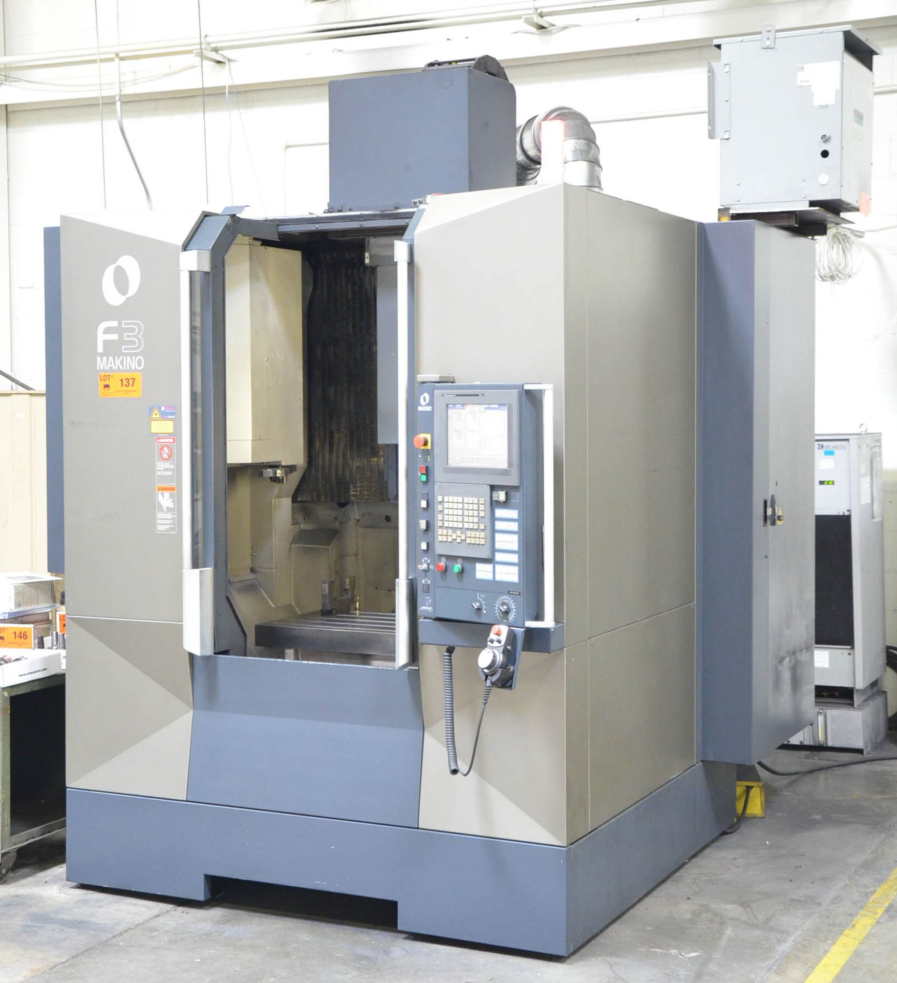 MAKINO (2012) F3 CNC VERTICAL MACHINING CENTER WITH MAKINO PROFESSIONAL 5 TOUCHSCREEN CNC CONTROL, - Image 4 of 9