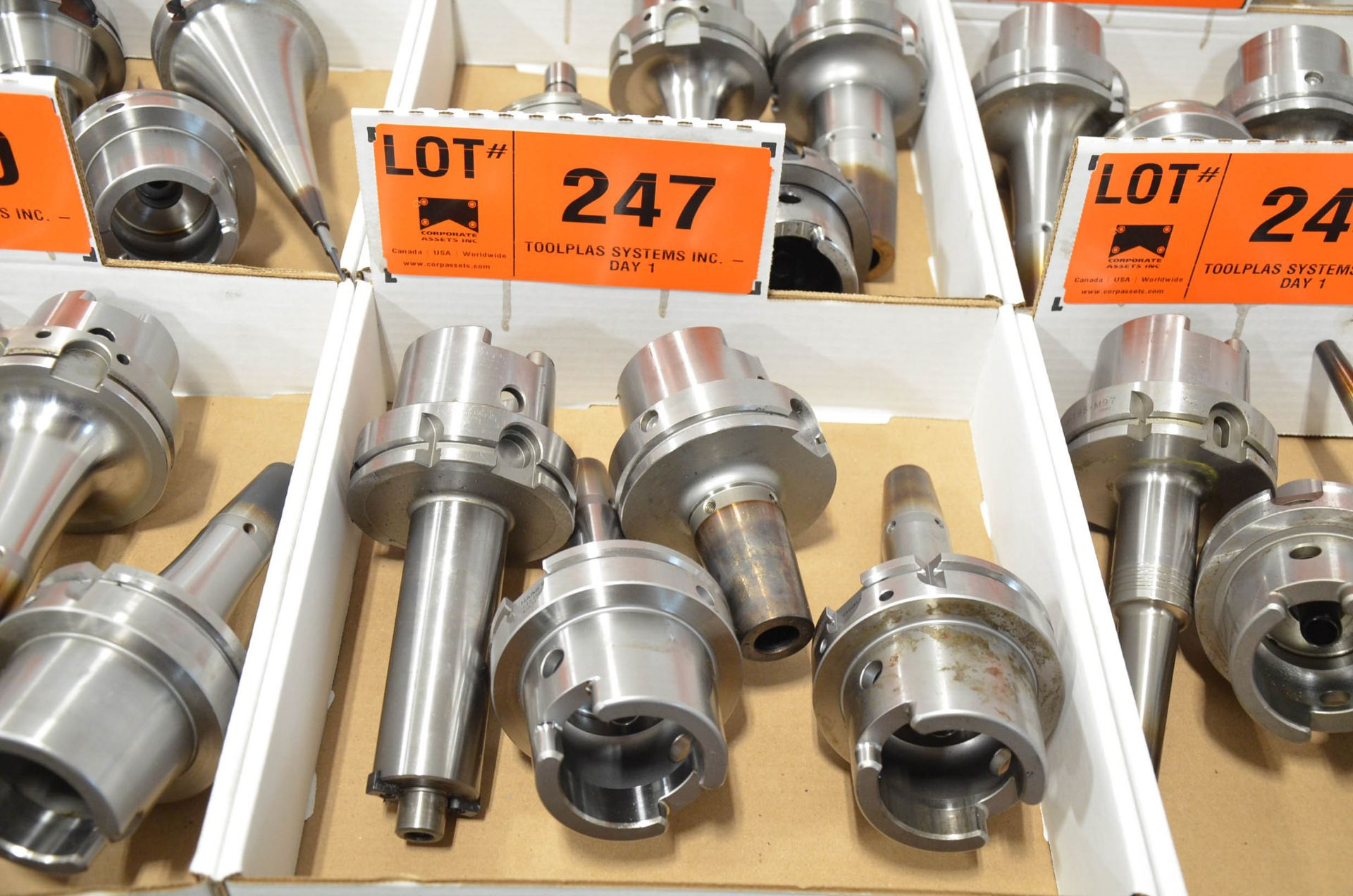 LOT/ (4) HSK-100A TOOL HOLDERS