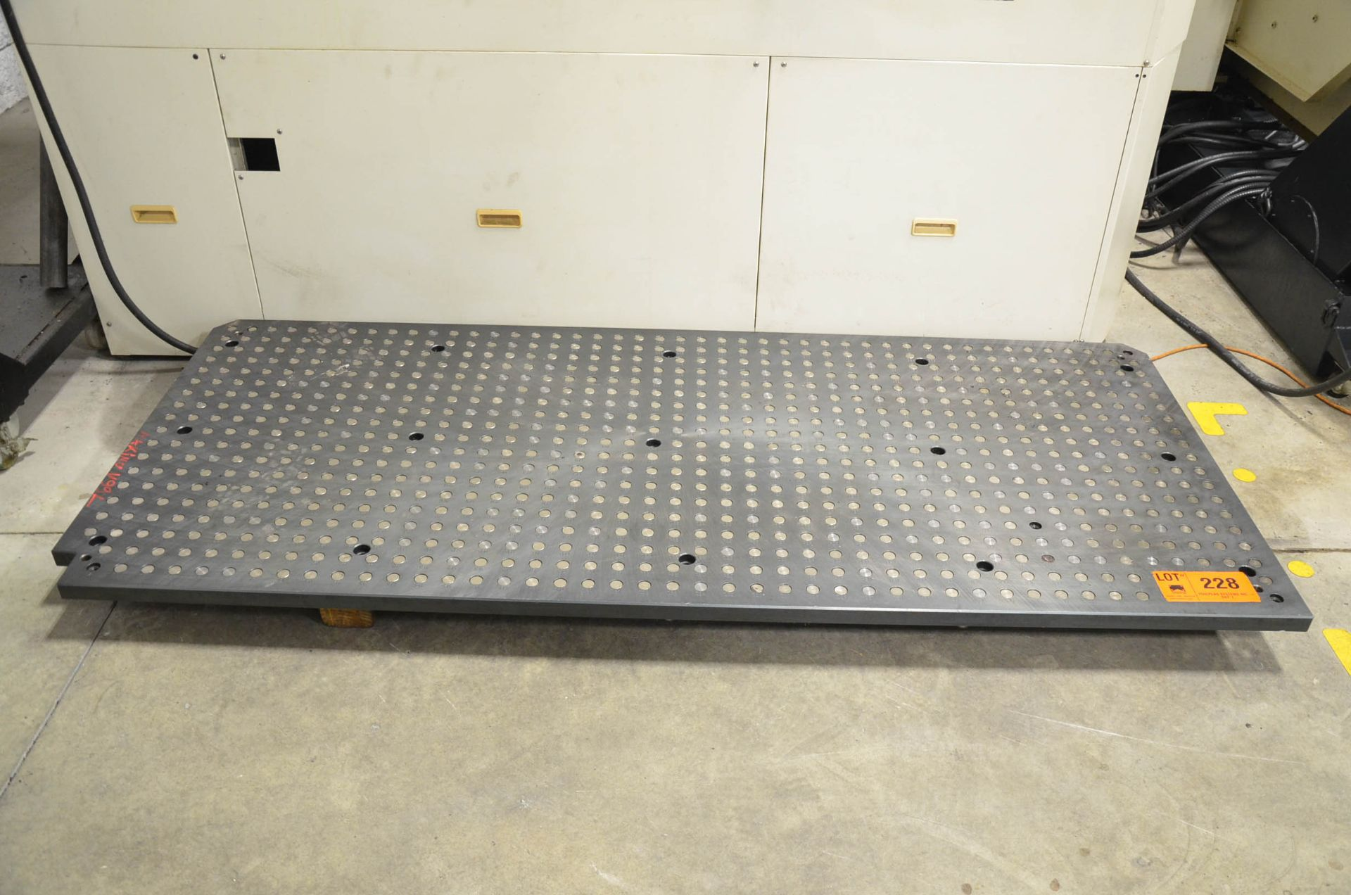 """39.37""""X90.55"""" SUB-TABLE WITH FCS SYSTEM CLAMPING"""