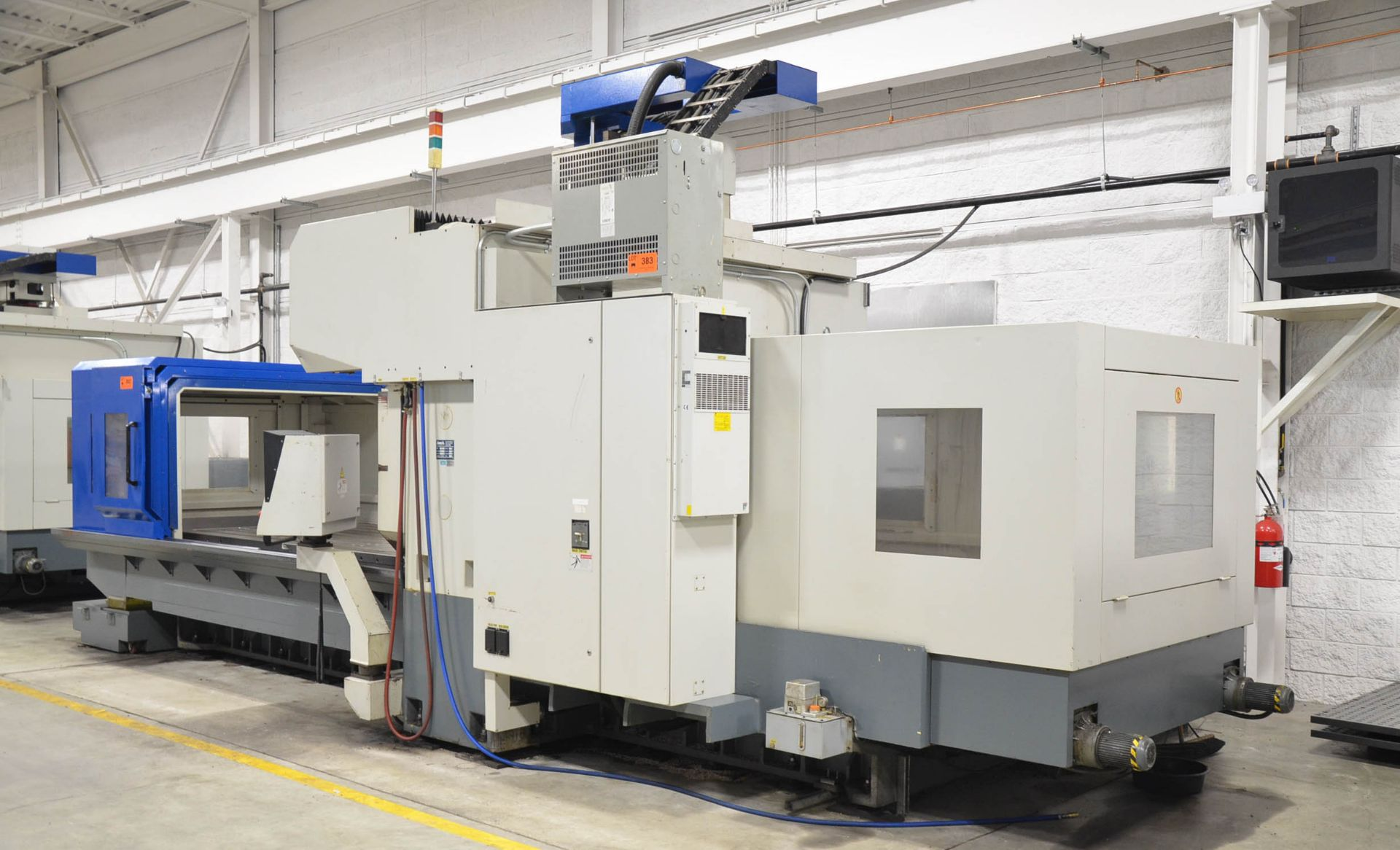 AWEA (2005) SP3016HSS GANTRY-TYPE CNC VERTICAL MACHINING CENTER WITH FANUC SERIES 18I-MB CNC - Image 3 of 12