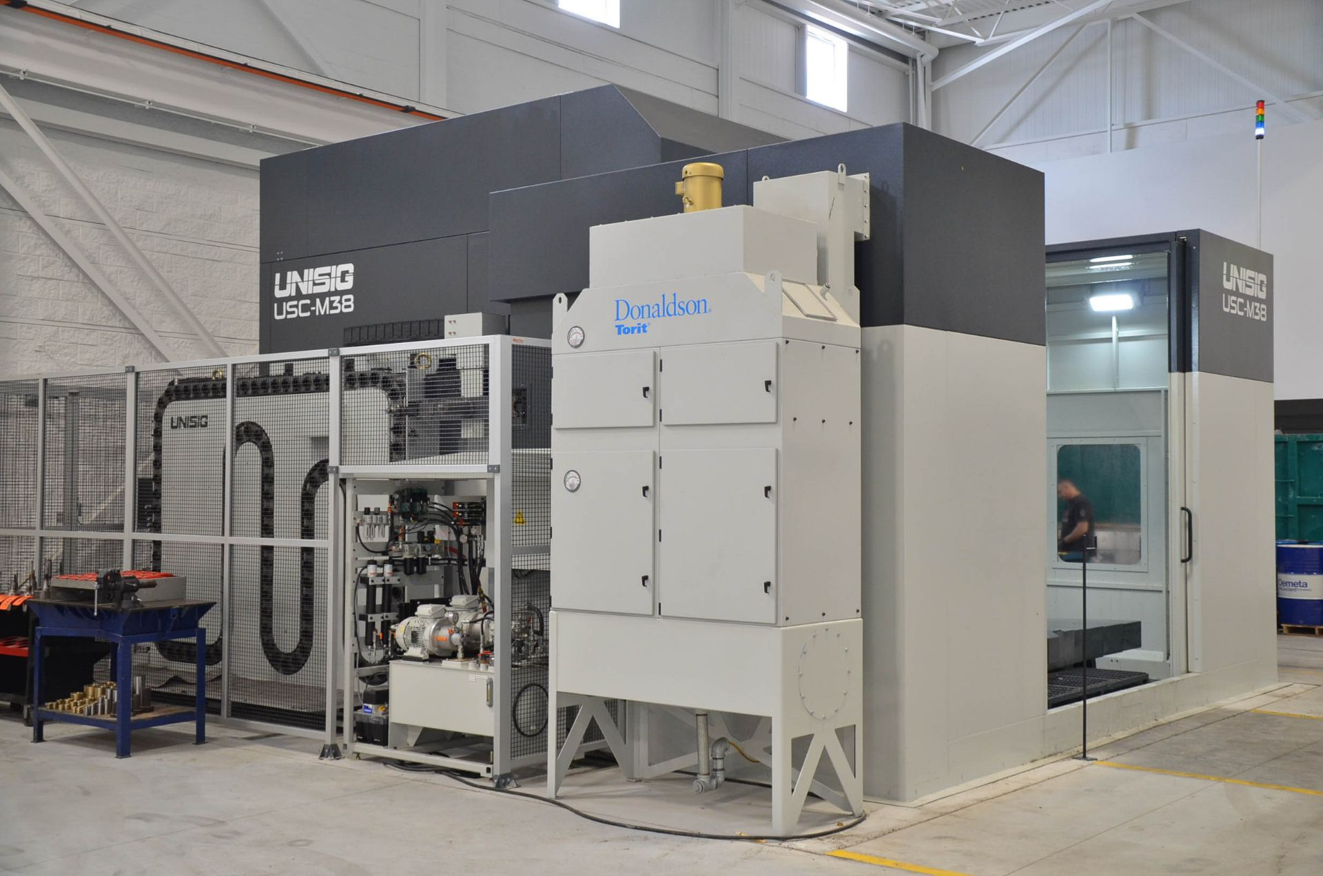 UNISIG (2020) USC-M38 5-AXIS COMBINATION CNC GUN DRILLING AND MILLING MACHINE WITH HEIDENHAIN ITNC - Image 11 of 17