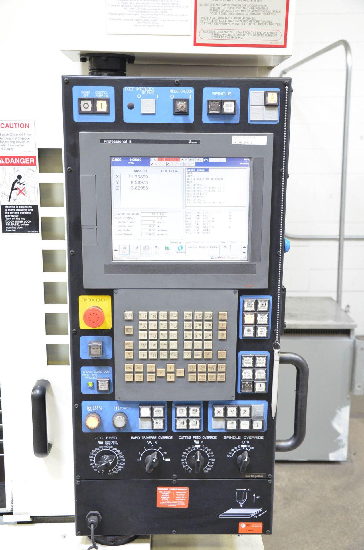 MAKINO (2008) V56 GRAPHITE CNC VERTICAL MACHINING CENTER WITH MAKINO PROFESSIONAL 5 TOUCHSCREEN - Image 8 of 10