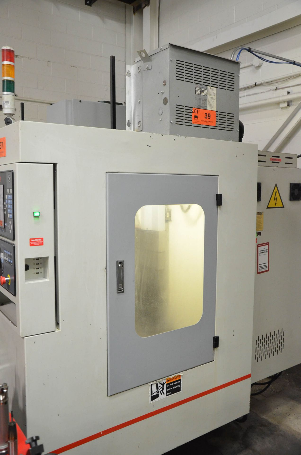 SWI (2012) TRAK LPM 4-AXIS READY CNC VERTICAL MACHINING CENTER WITH PROTO TRAK PMX CNC CONTROL, 19. - Image 3 of 10