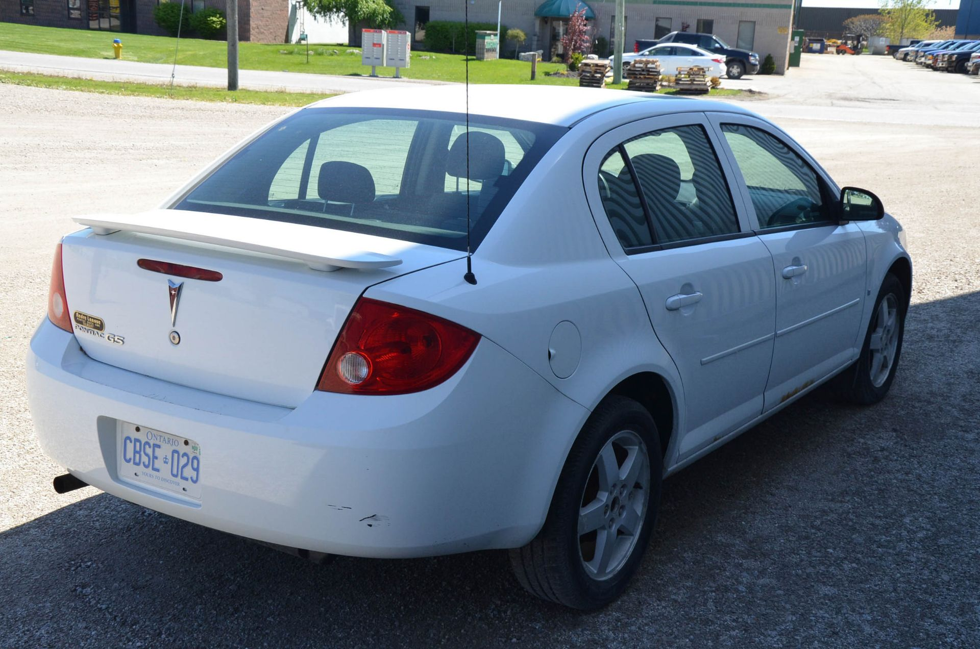 PONTIAC (2008) G5 4-DOOR SEDAN, AUTO, APPROX. 192,000 KM (RECORDED ON METER AT THE TIME OF LISTING), - Image 4 of 9