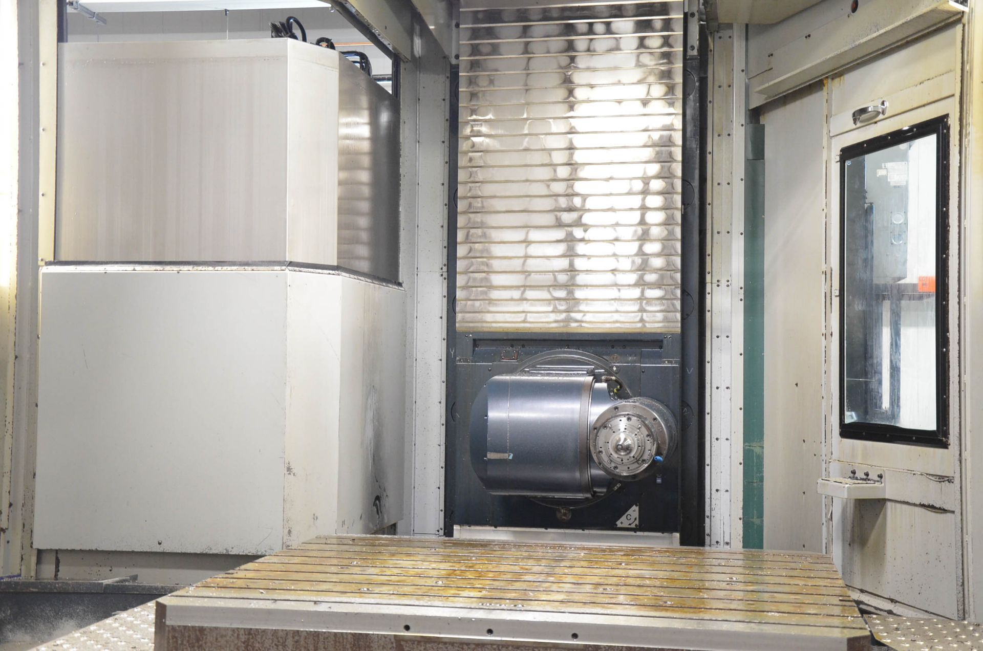 "MAKINO (2013) MCC2013 VG 6-AXIS CNC MACHINING CENTER WITH MAKINO PROFESSIONAL 5 CNC CONTROL, 59"" X - Image 7 of 11"