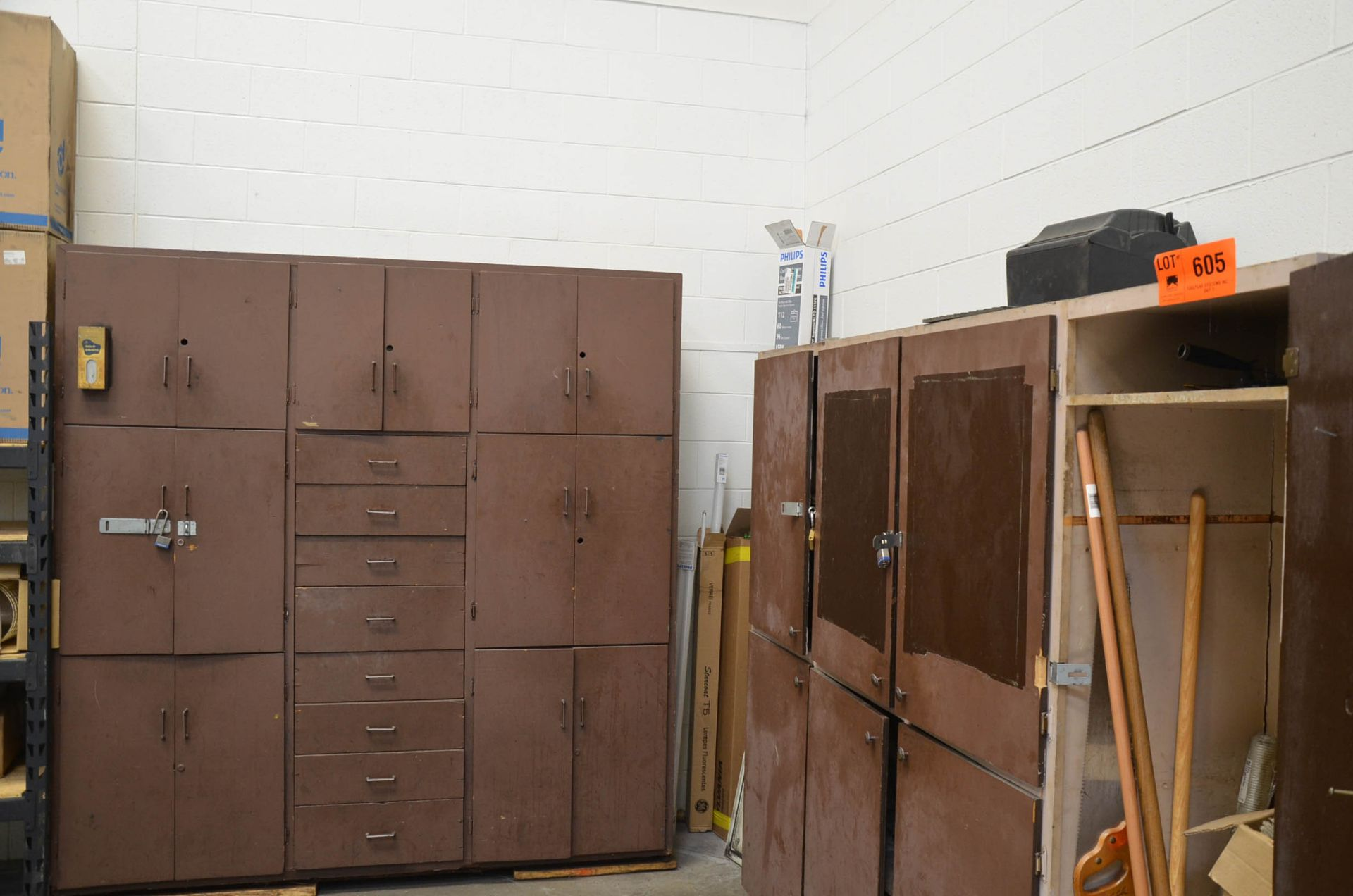 LOT/ CABINETS AND CONTENTS - SPARE PARTS AND COMPONENTS