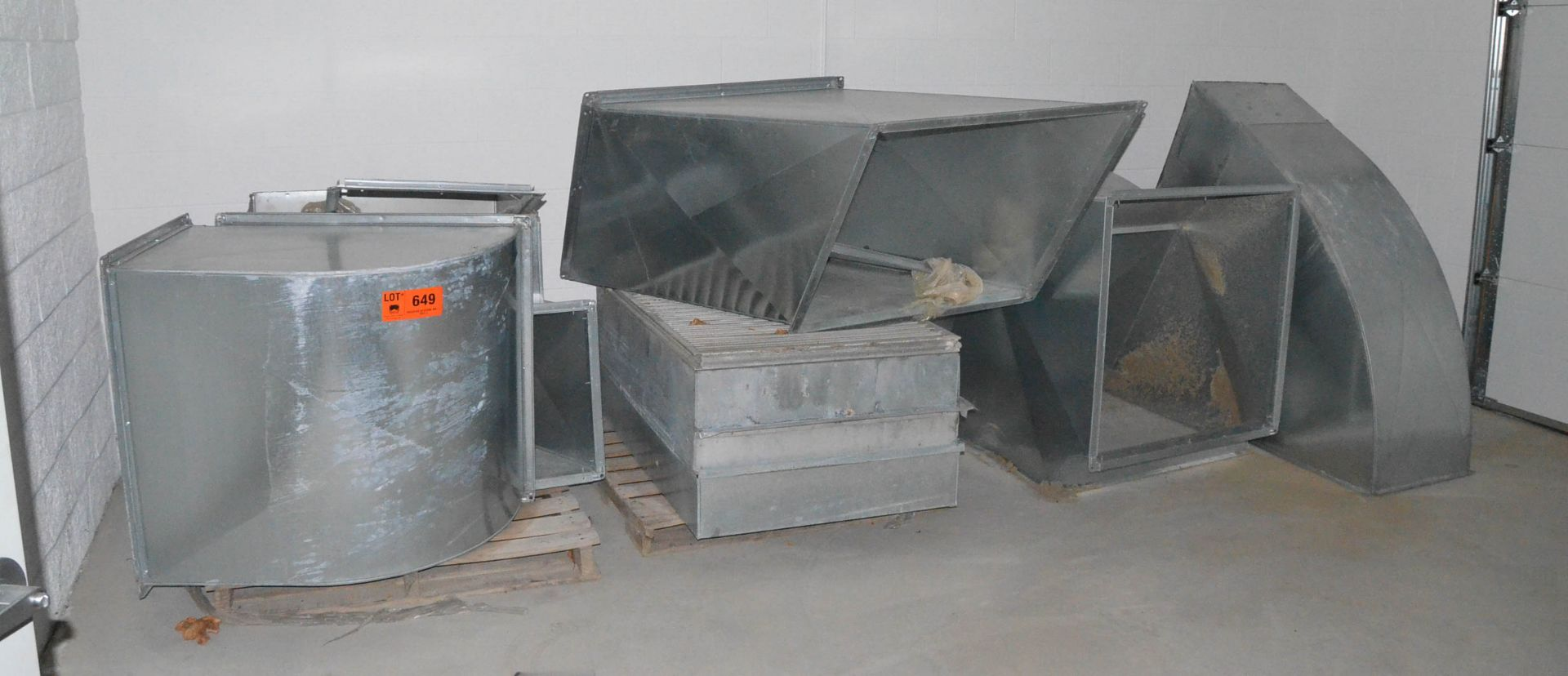 LOT/ DUCTWORK
