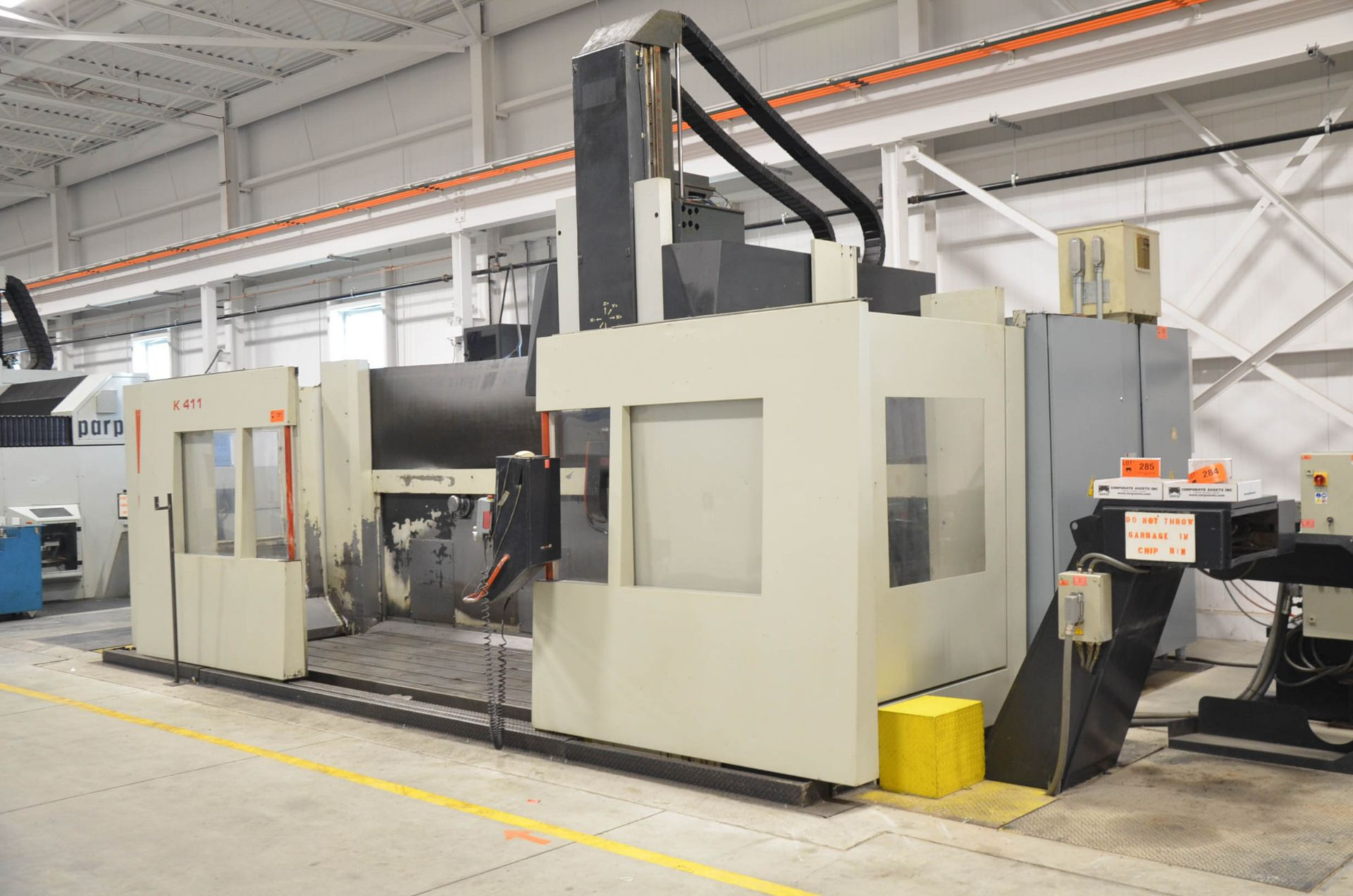 """FIDIA (2002) K 411 5-AXIS CNC VERTICAL MACHINING CENTER WITH FIDIA C20 CNC CONTROL, 59"""" X 197"""" - Image 4 of 11"""