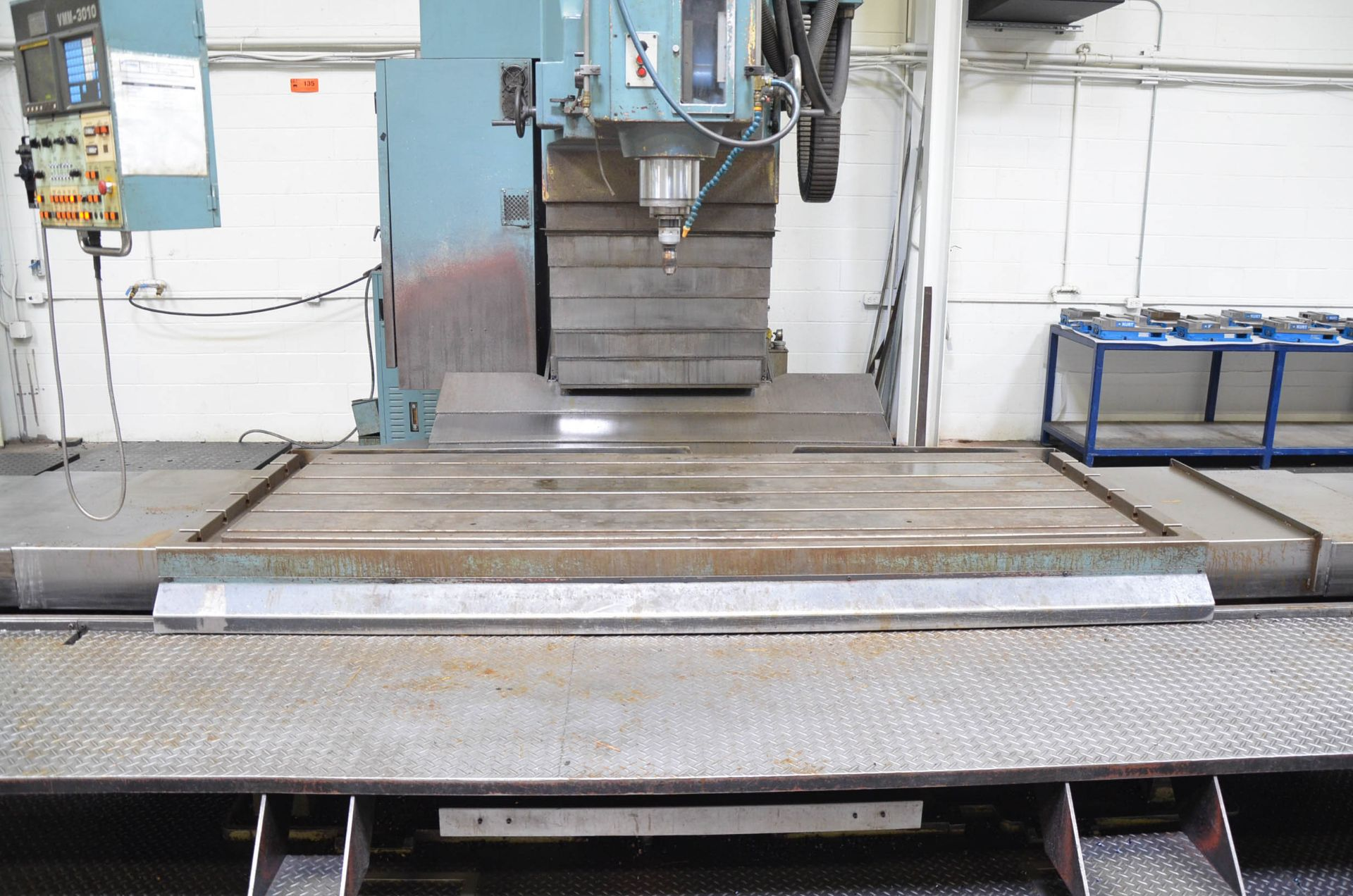 """KAFO VMM3010 CNC VERTICAL MILLING MACHINE WITH FANUC SERIES 15-M CNC CONTROL, 43""""X112"""" TABLE, - Image 3 of 6"""