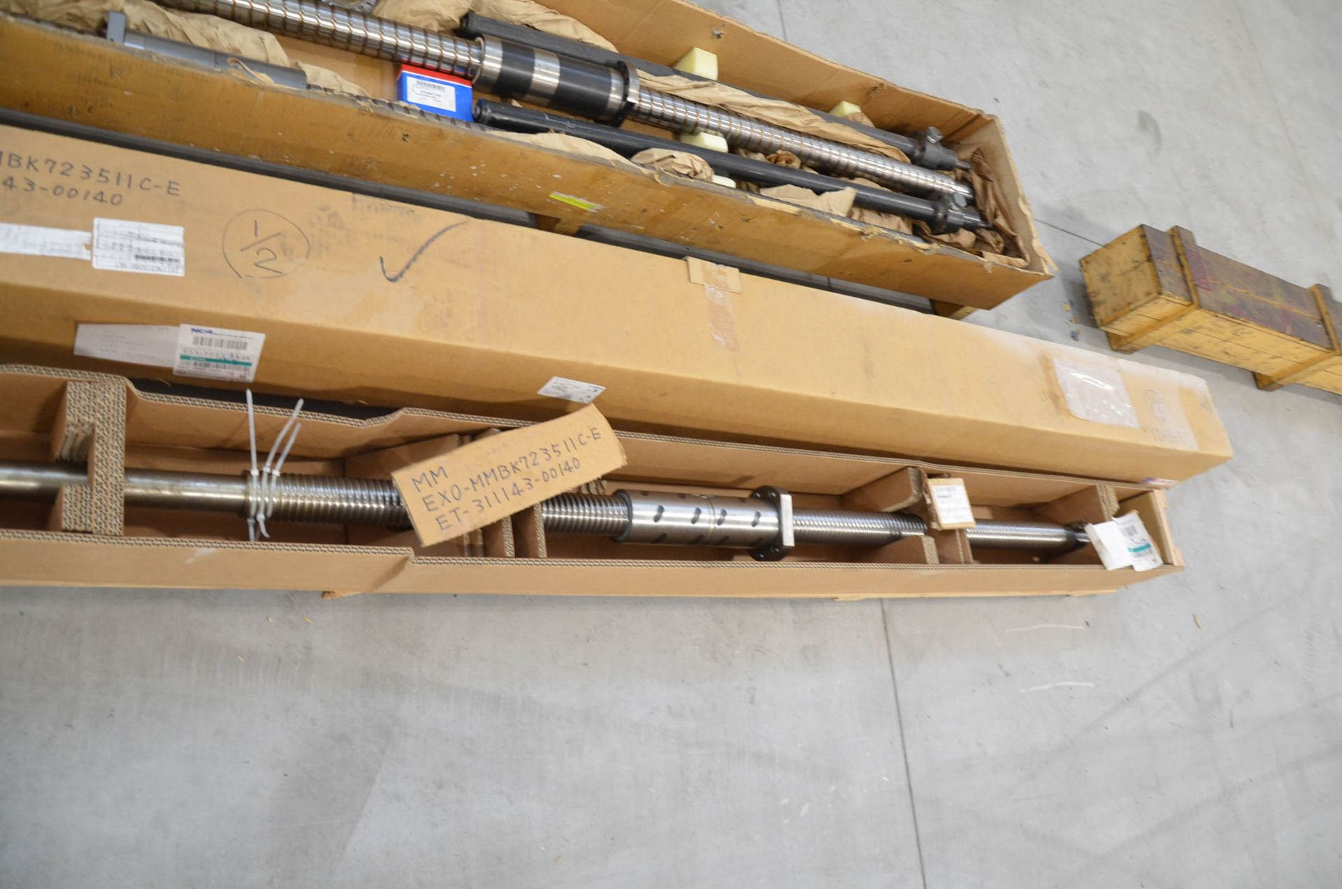 LOT/ SPARE AND REPLACEMENT BALL SCREWS - Image 6 of 6