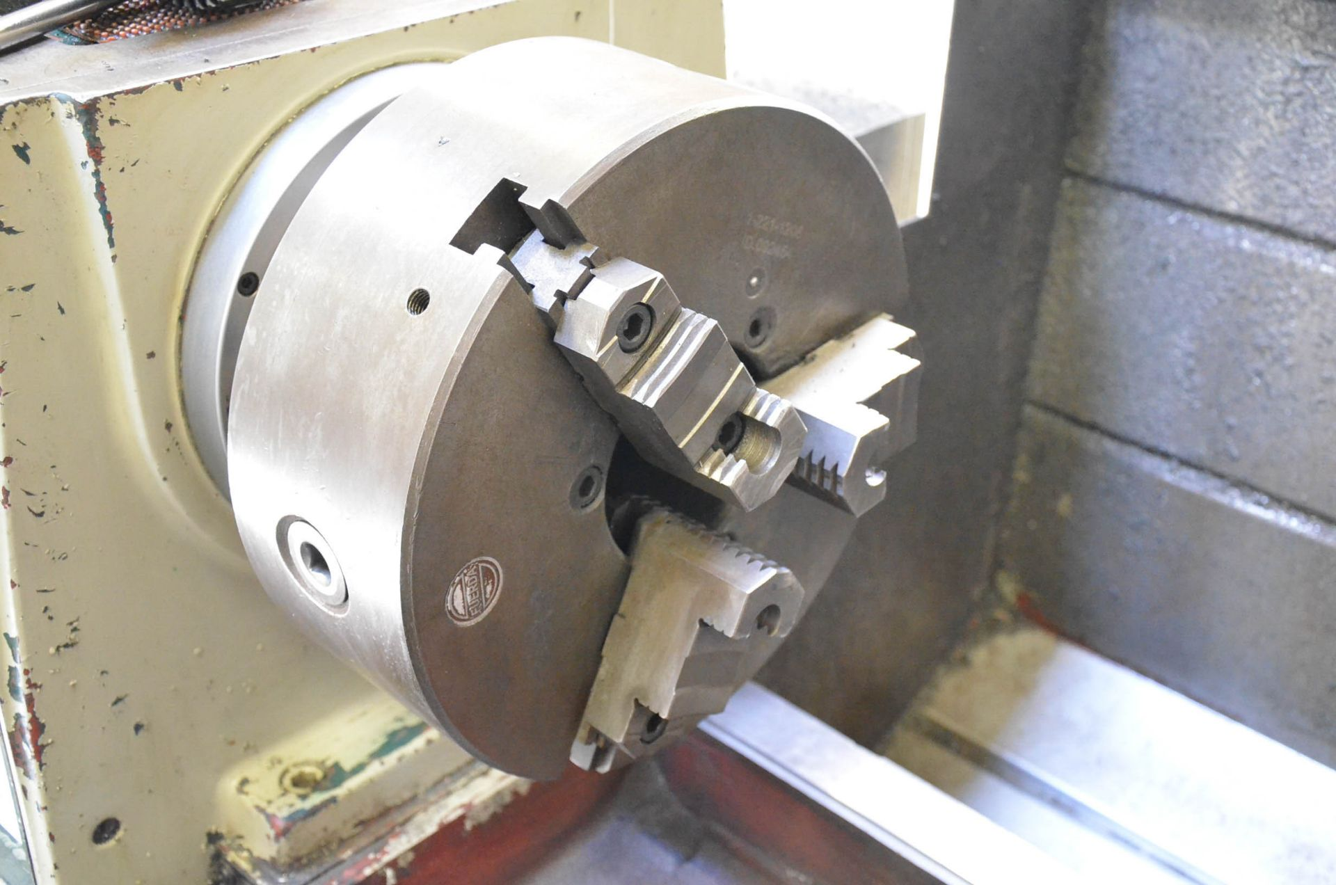 """ECOCA (2012) SJ-2260G GAP BED ENGINE LATHE WITH 22"""" SWING OVER BED, 30"""" SWING IN THE GAP, 60"""" - Image 4 of 9"""