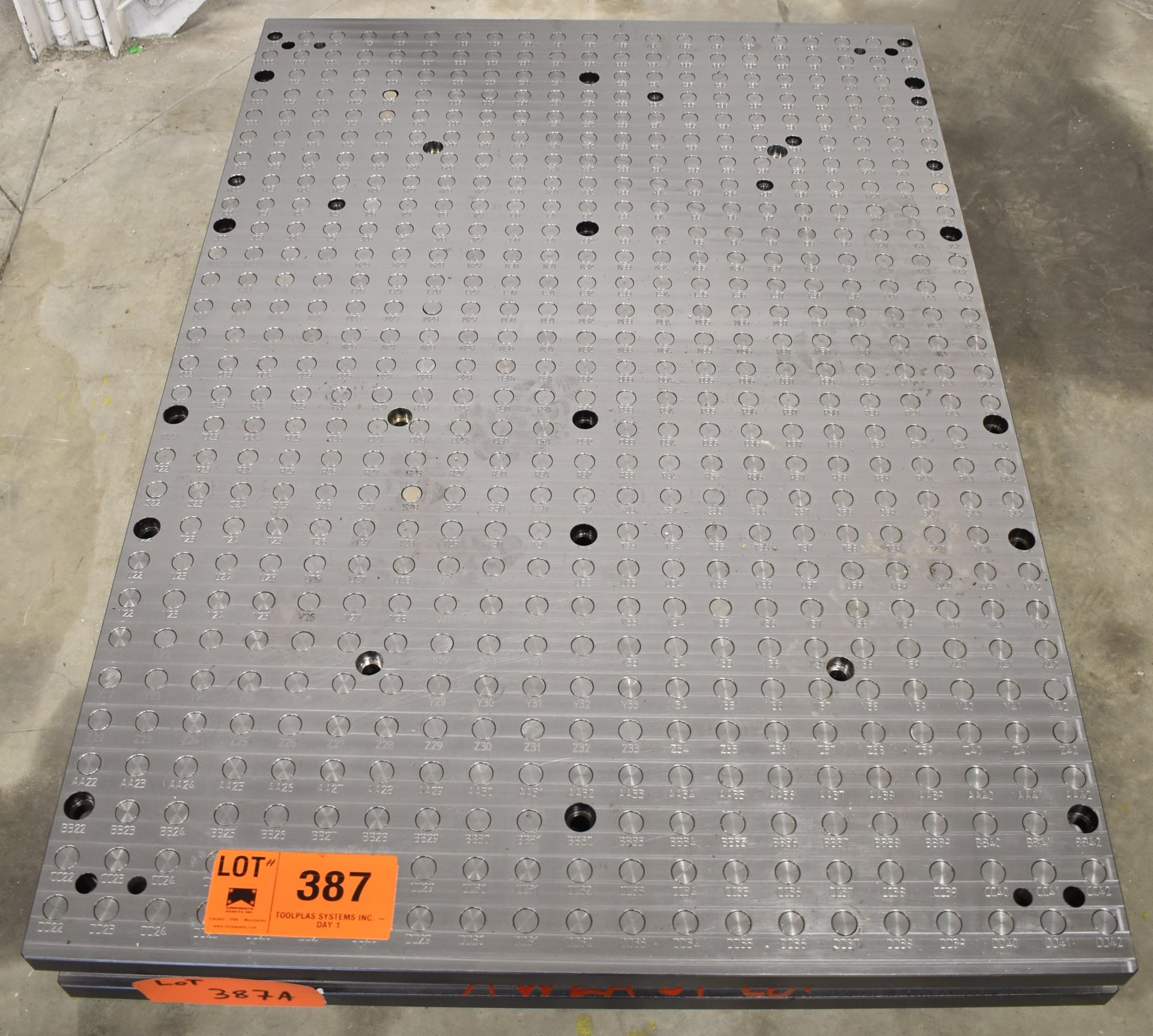 """41.25"""" x 59"""" SUB-TABLE WITH FCS SYSTEM CLAMPING"""