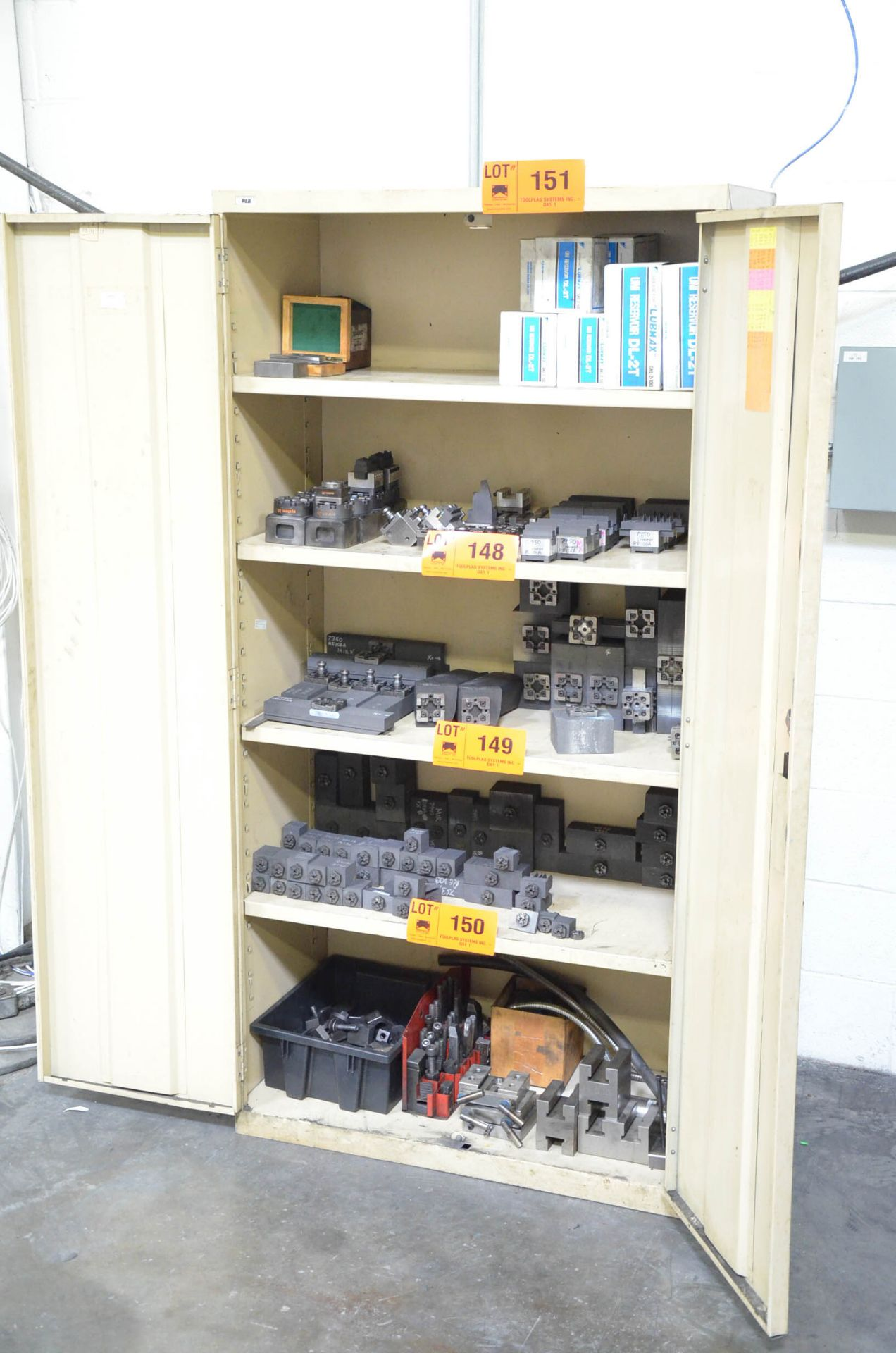 LOT/ HIBOY CABINET WITH BALANCE OF SYSTEM 3R TOOLING