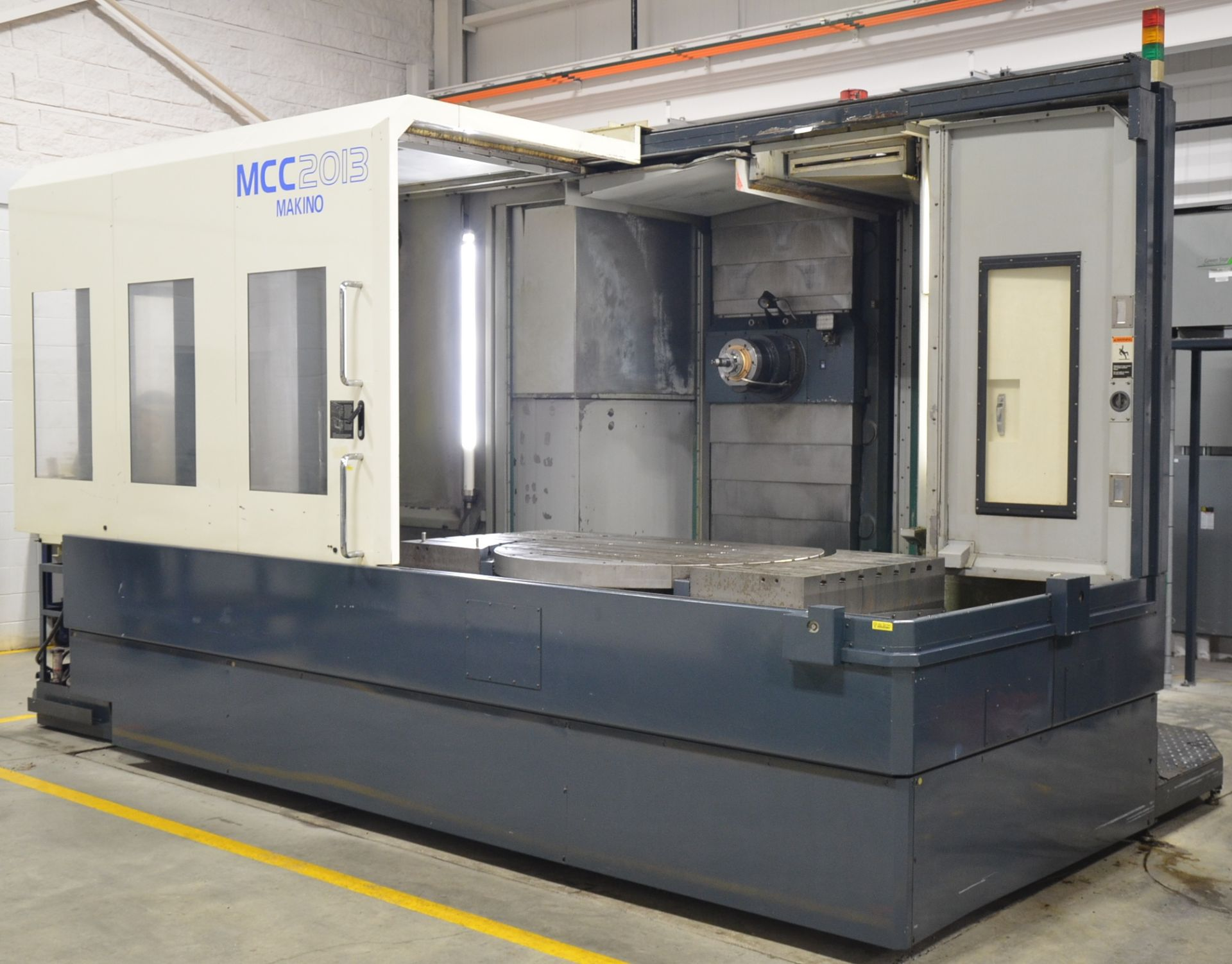 MAKINO (2008) MCC2013 4-AXIS HORIZONTAL MACHINING CENTER WITH MAKINO PROFESSIONAL 5 CNC CONTROL,
