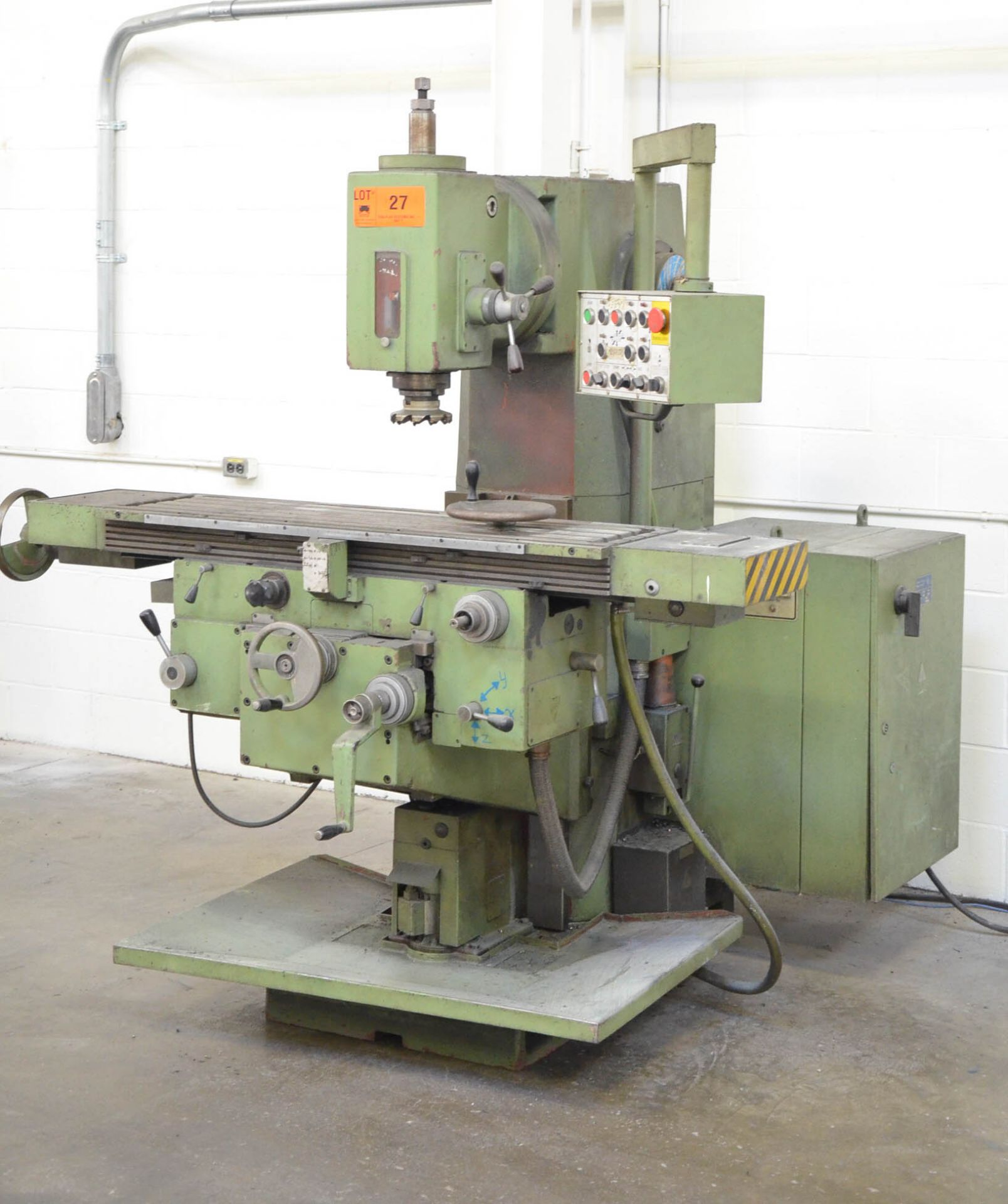 """TOS UNIVERSAL MILLING MACHINE WITH 12""""X50"""" TABLE, SPEEDS TO 1,750 RPM, #50 SPINDLE TAPER, PUSH"""