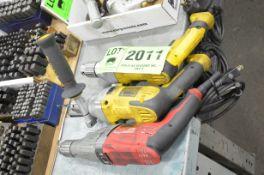 LOT/ ELECTRIC DRILLS