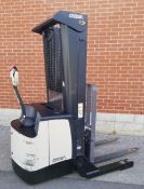 """CROWN (2012) SH5520-40 3700 LB. CAPACITY 24V WALK-BEHIND ELECTRIC STRADDLE STACKER WITH 127"""" MAX."""