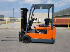 """TOYOTA 5FBE15 3000 LB. CAPACITY 36V 3-WHEEL ELECTRIC FORKLIFT WITH 108"""" MAX. VERTICAL LIFT, 3"""